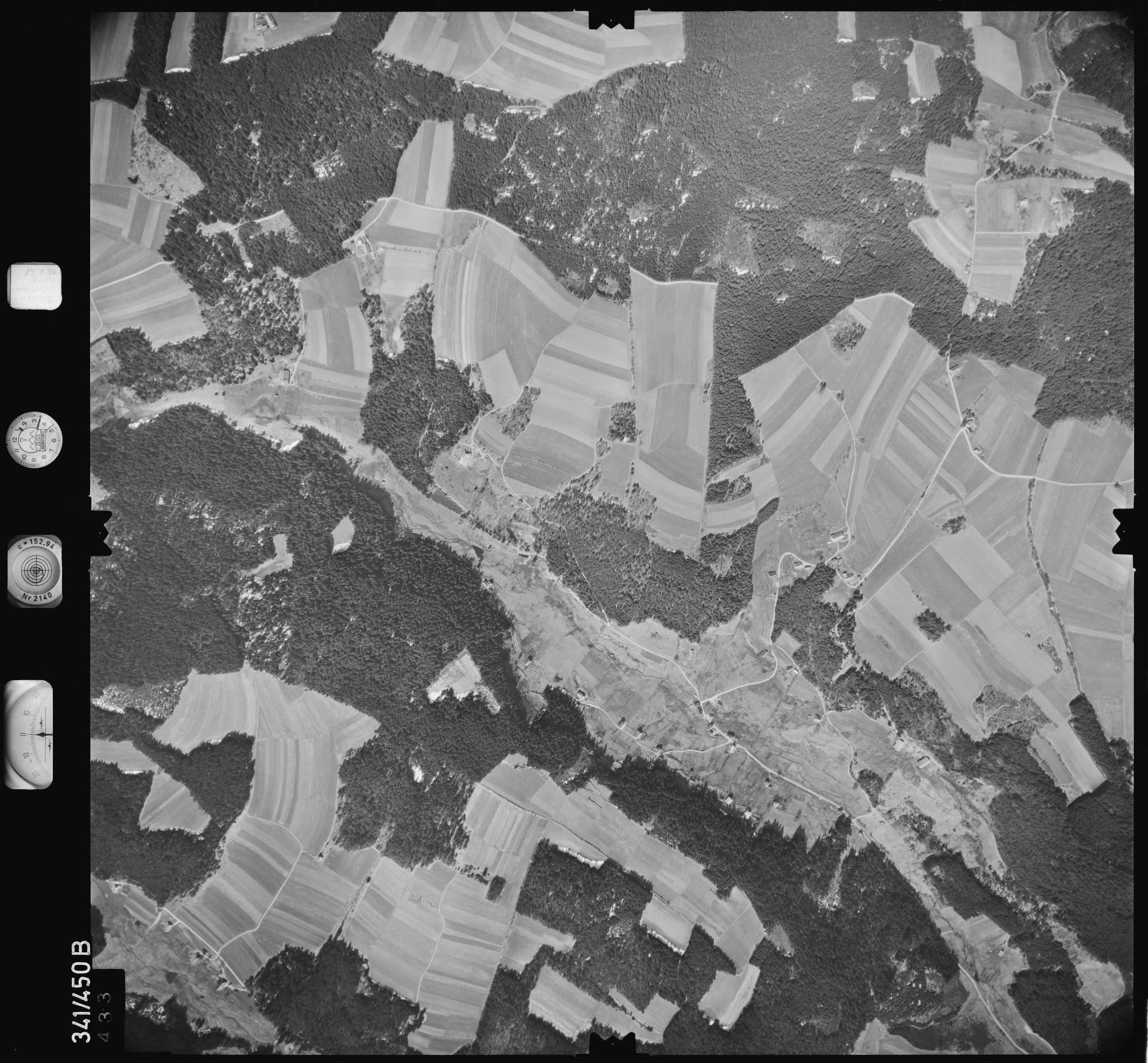 Luftbild: Film 89 Bildnr. 433, Bild 1