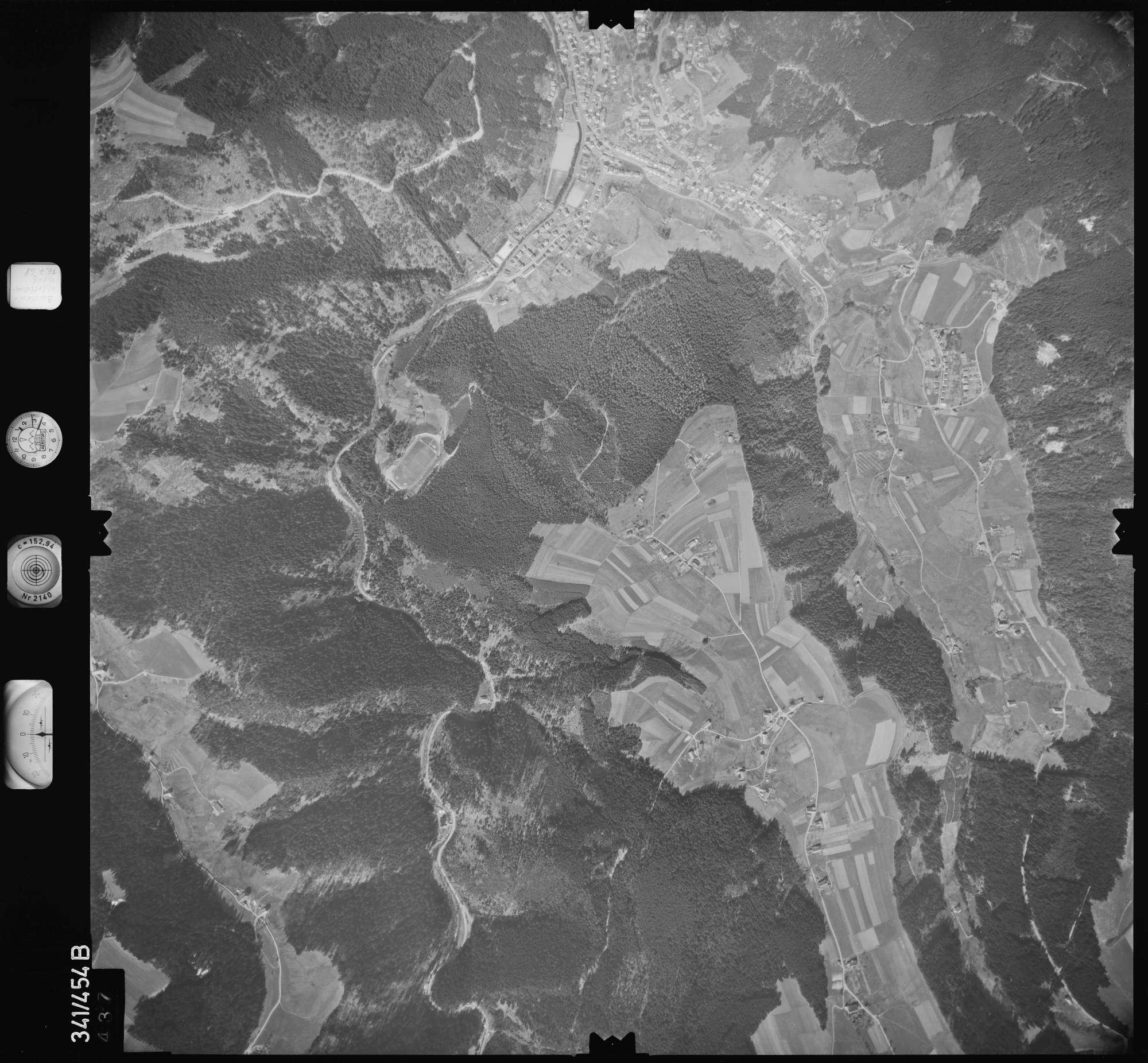 Luftbild: Film 89 Bildnr. 437, Bild 1