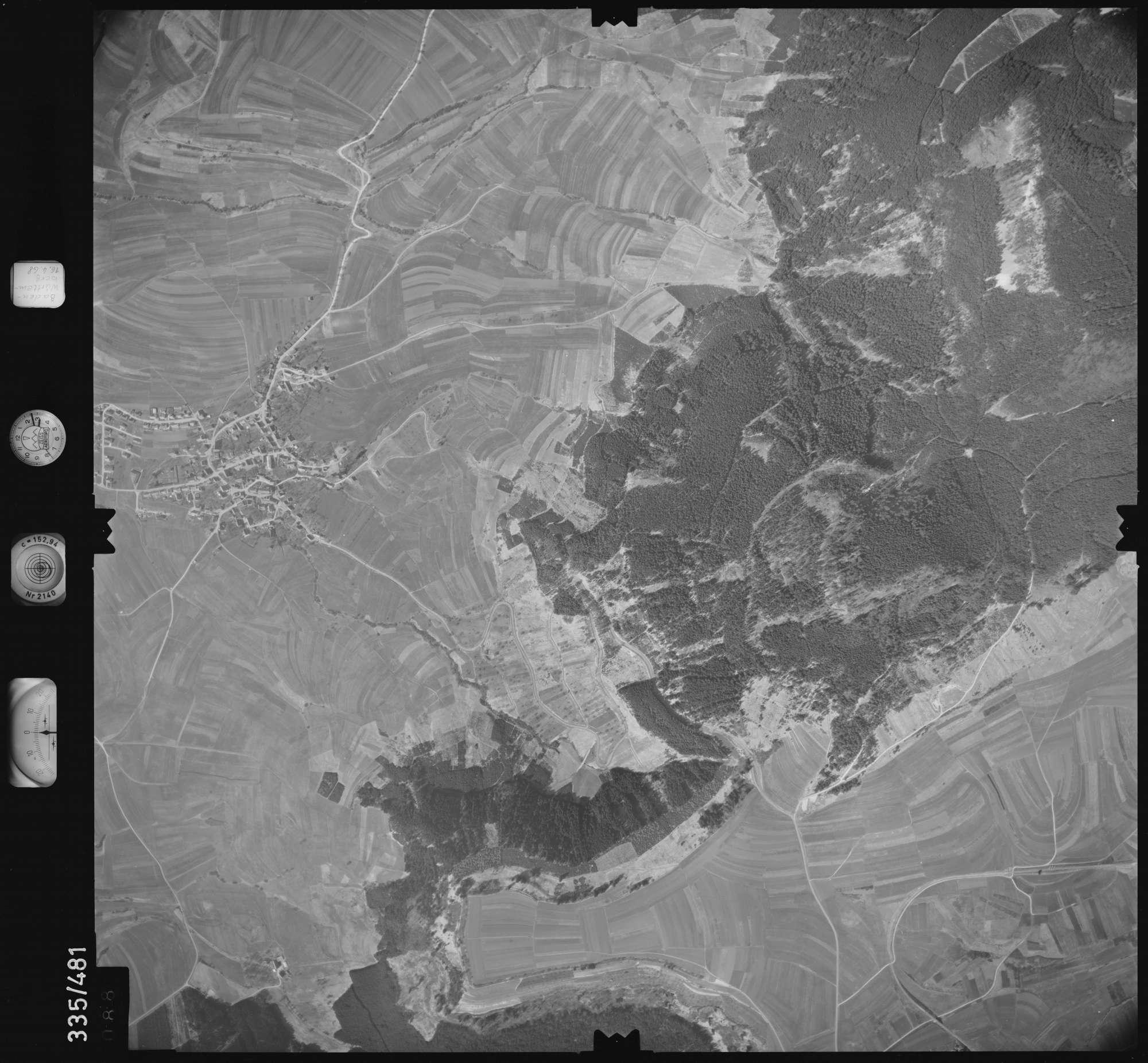 Luftbild: Film 49 Bildnr. 88, Bild 1