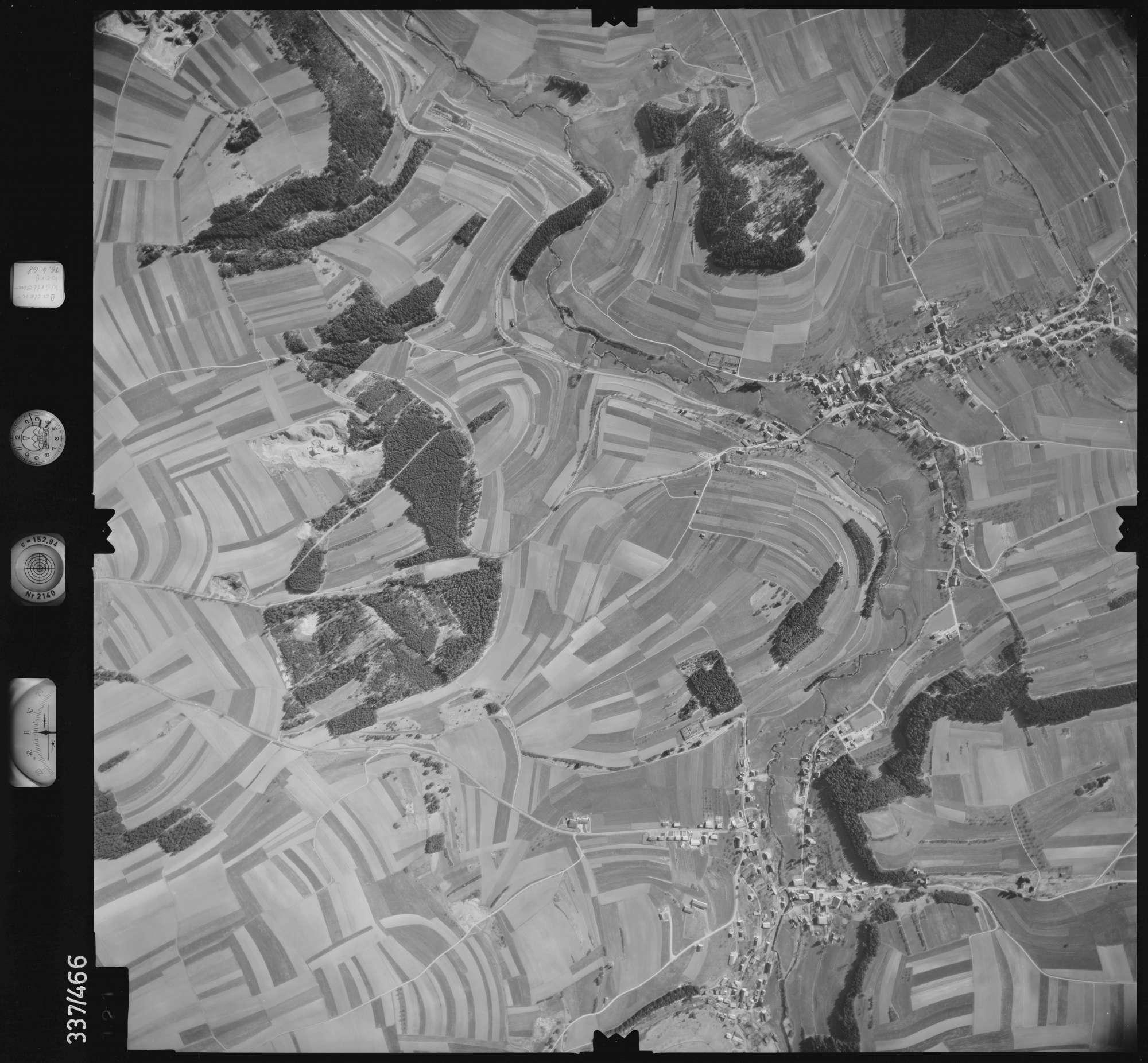 Luftbild: Film 49 Bildnr. 121, Bild 1