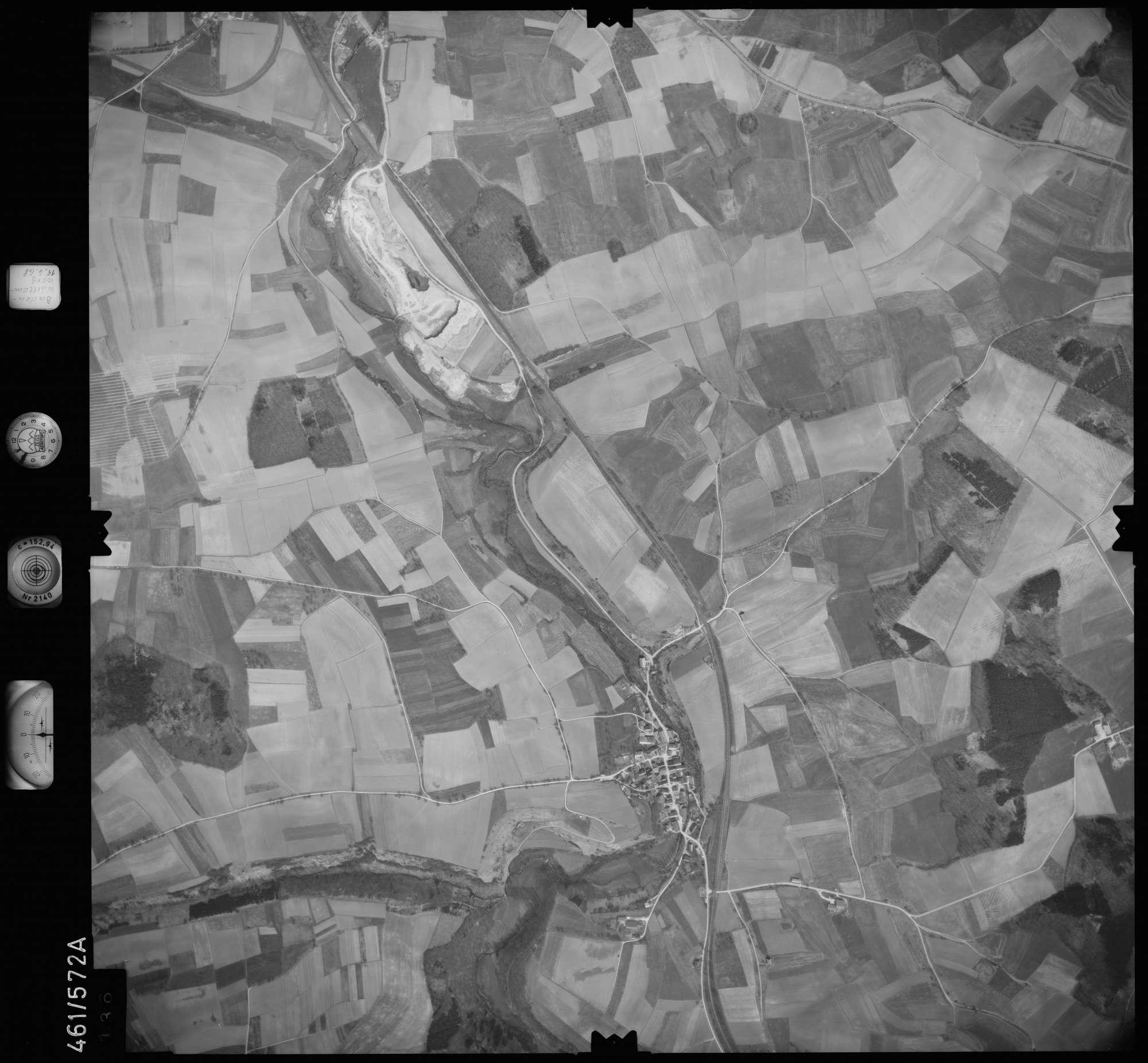 Luftbild: Film 105 Bildnr. 136, Bild 1
