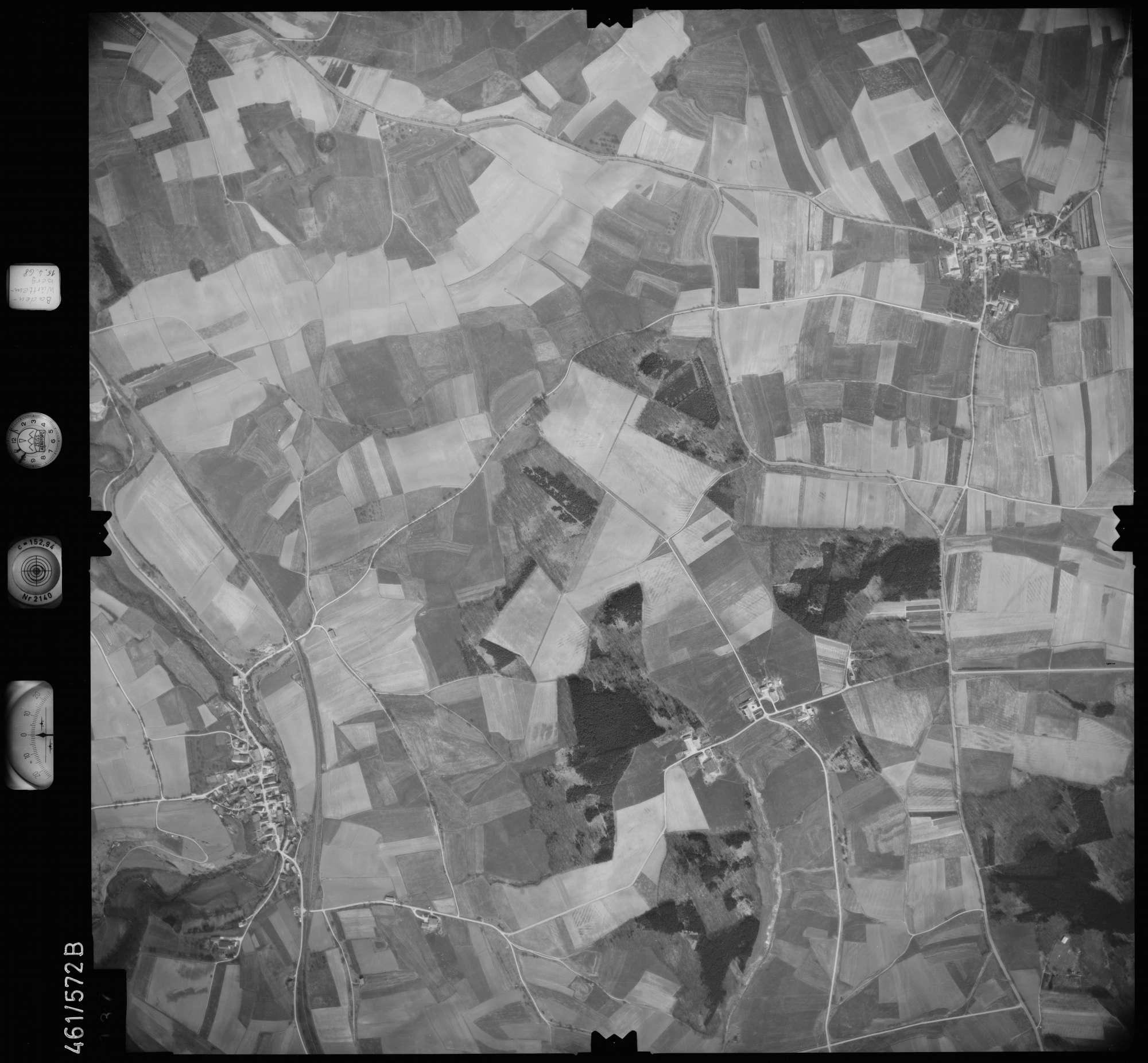 Luftbild: Film 105 Bildnr. 137, Bild 1