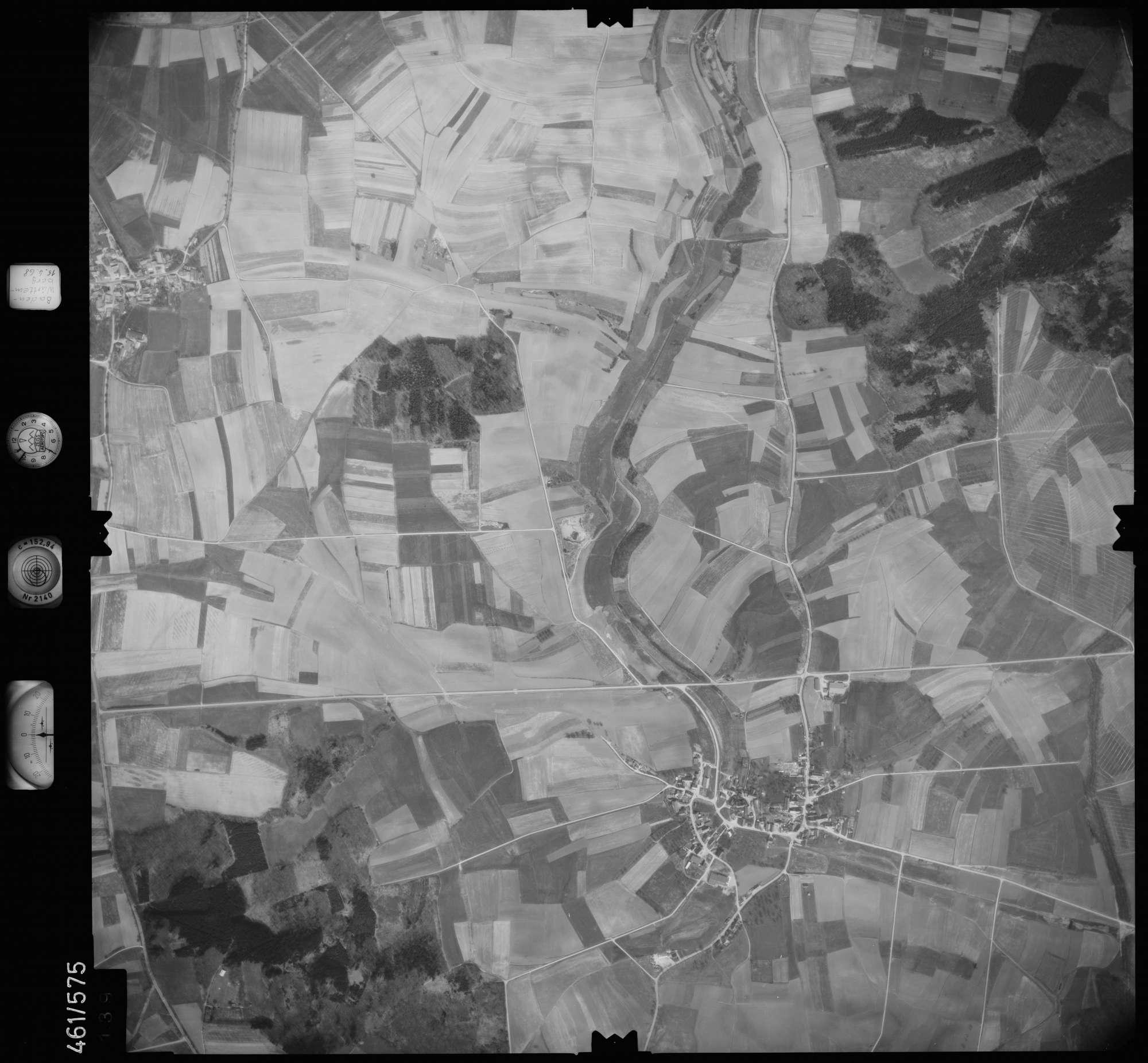 Luftbild: Film 105 Bildnr. 139, Bild 1