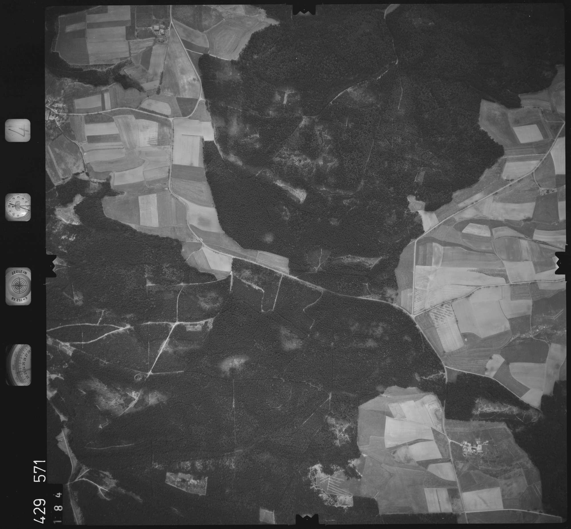 Luftbild: Film 4 Bildnr. 184, Bild 1