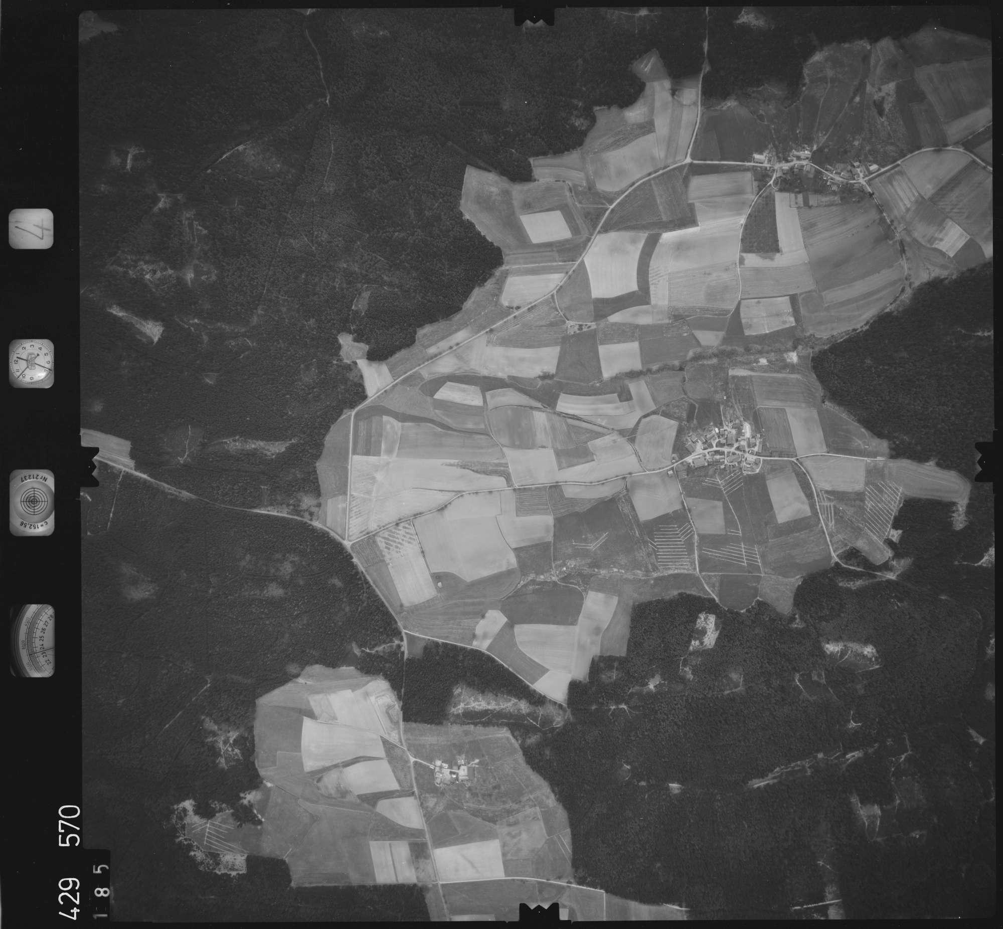 Luftbild: Film 4 Bildnr. 185, Bild 1