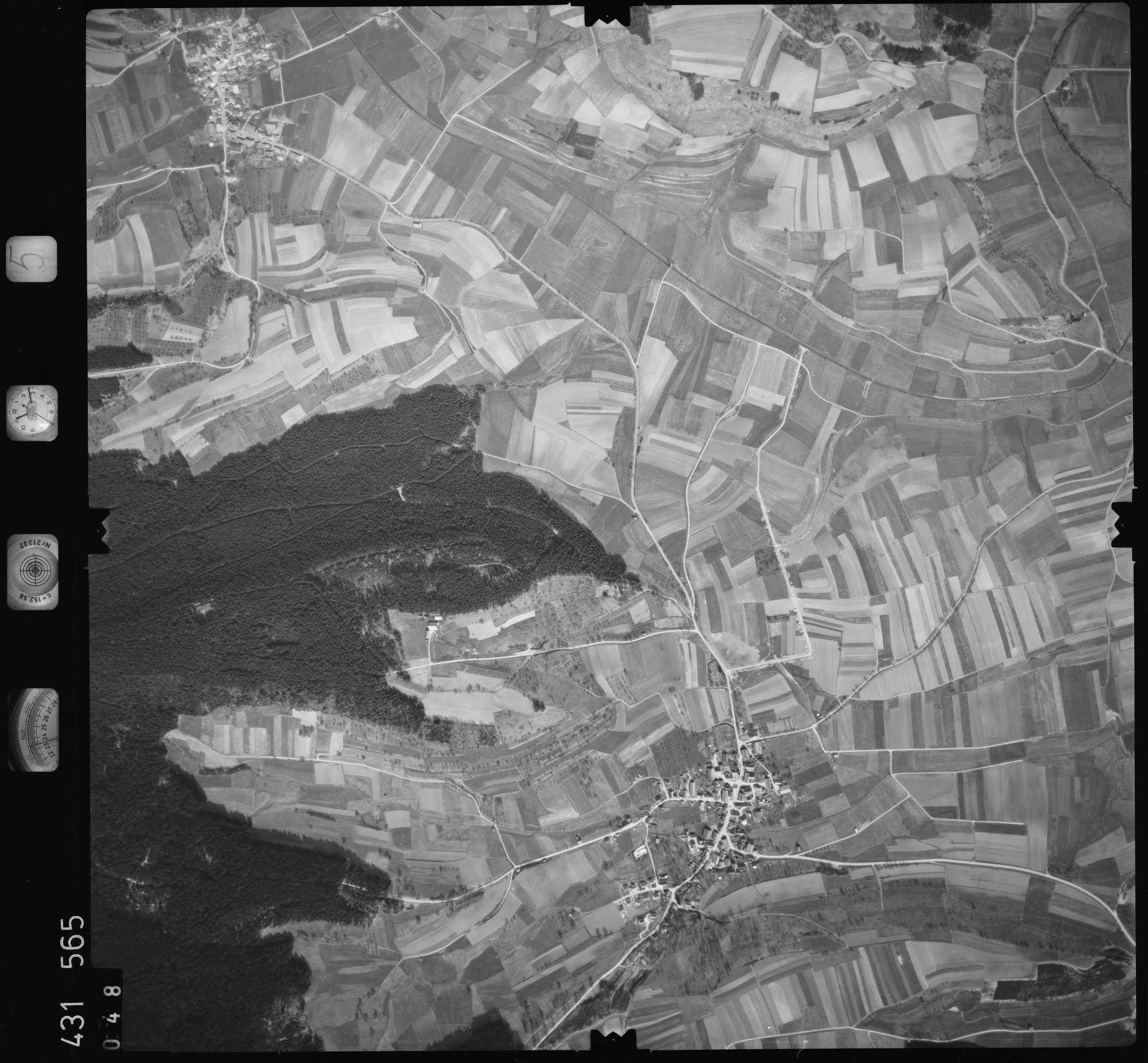 Luftbild: Film 5 Bildnr. 48, Bild 1