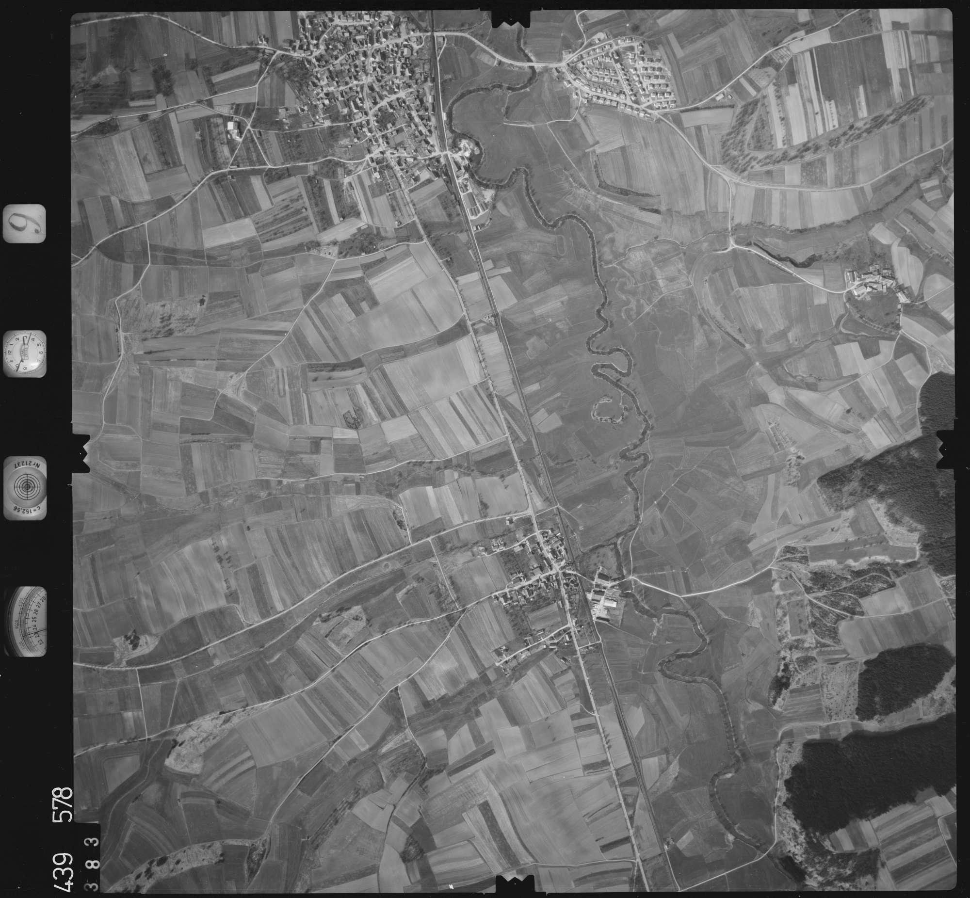 Luftbild: Film 9 Bildnr. 383, Bild 1
