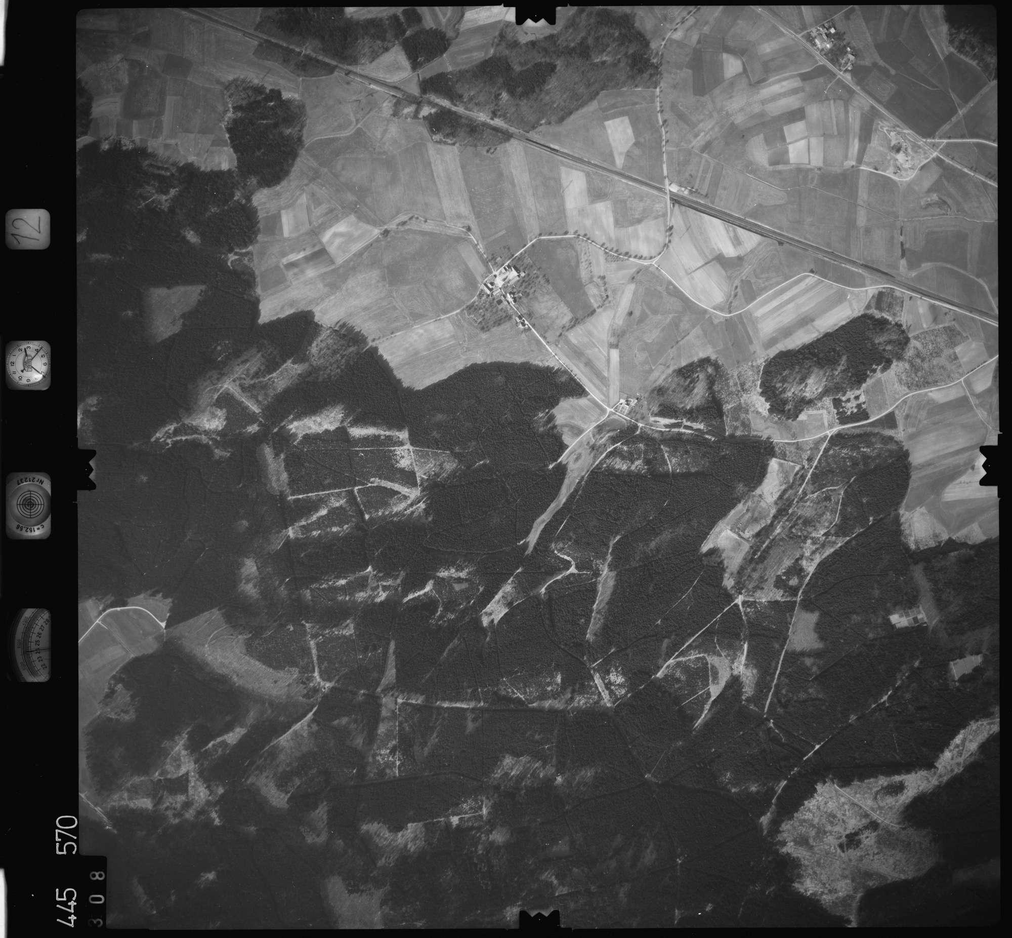 Luftbild: Film 12 Bildnr. 308, Bild 1