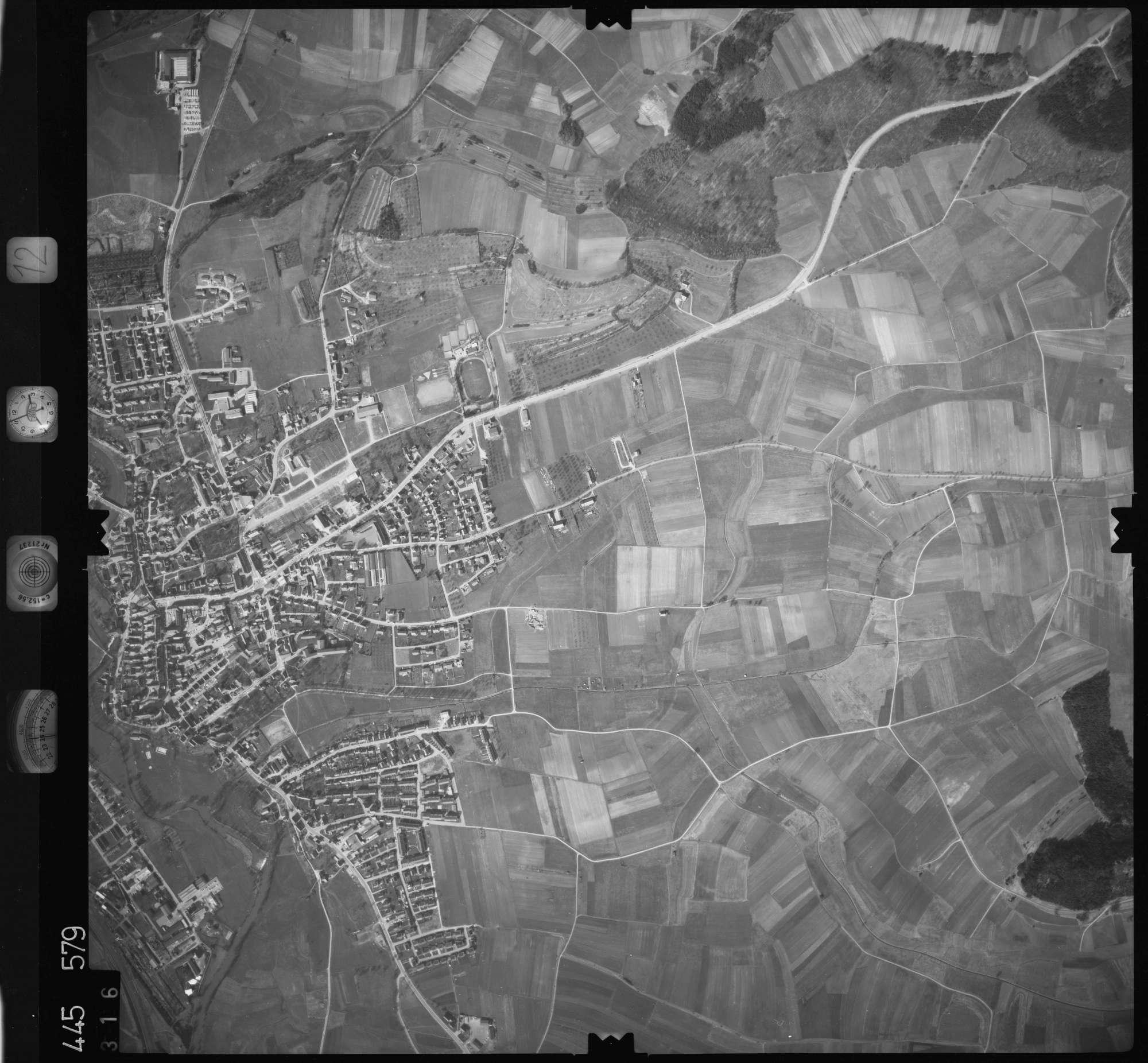 Luftbild: Film 12 Bildnr. 316, Bild 1