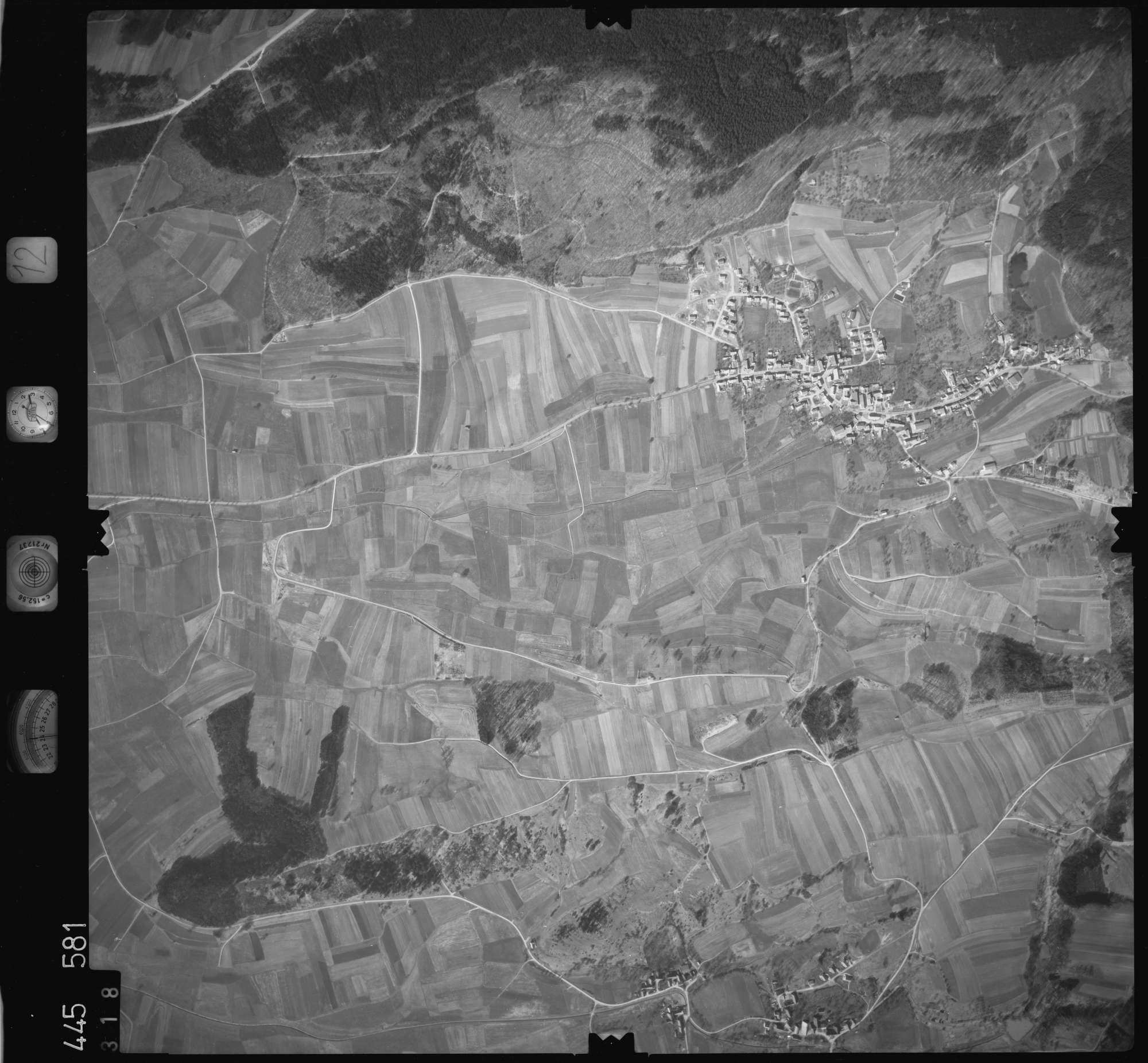 Luftbild: Film 12 Bildnr. 318, Bild 1