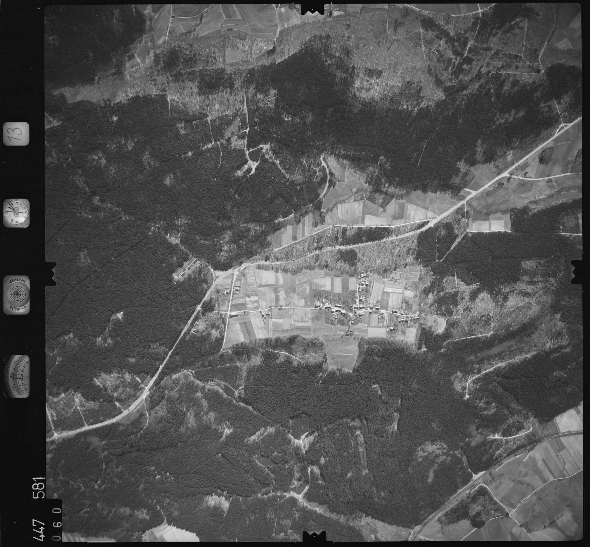 Luftbild: Film 13 Bildnr. 60, Bild 1
