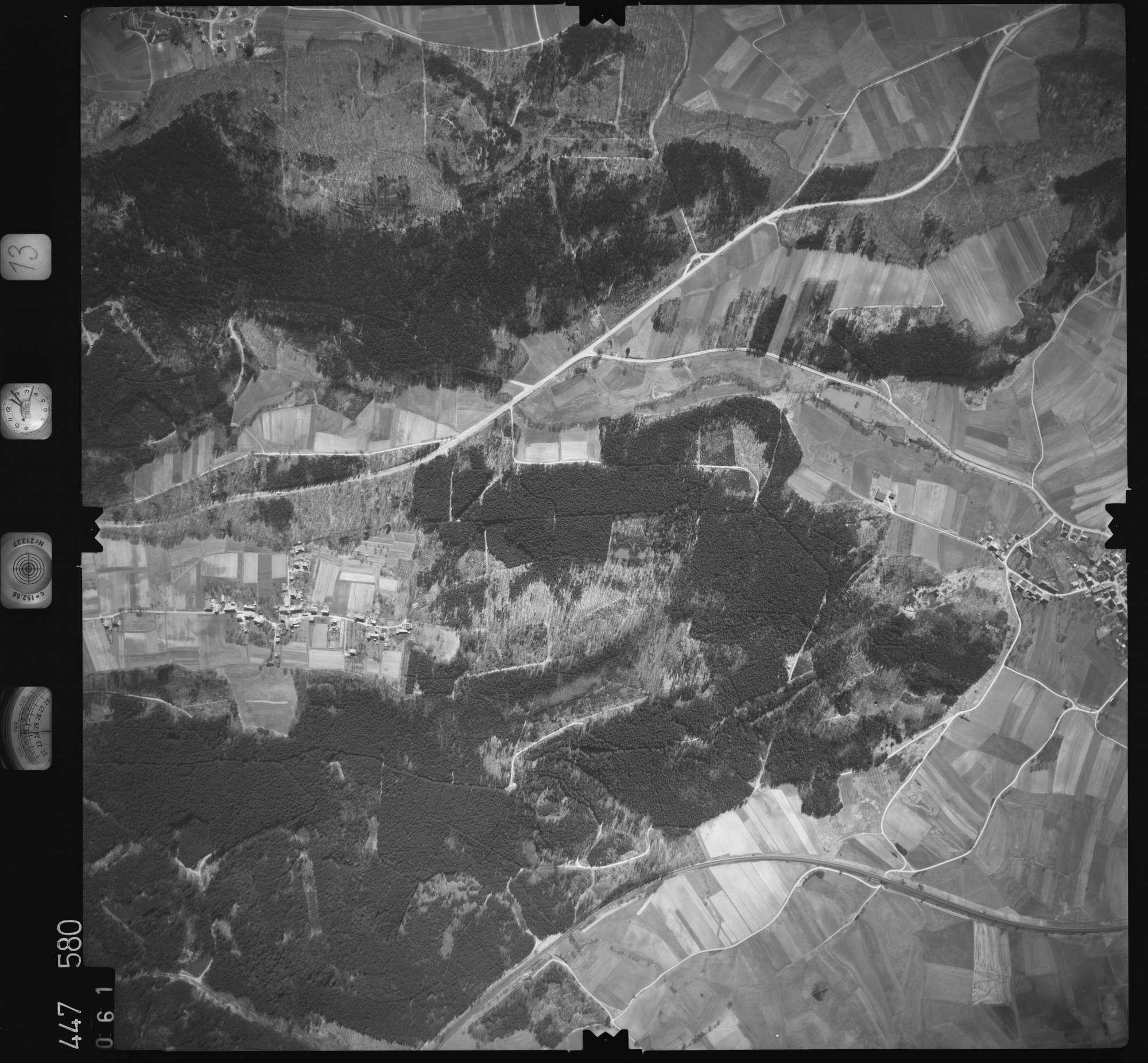 Luftbild: Film 13 Bildnr. 61, Bild 1