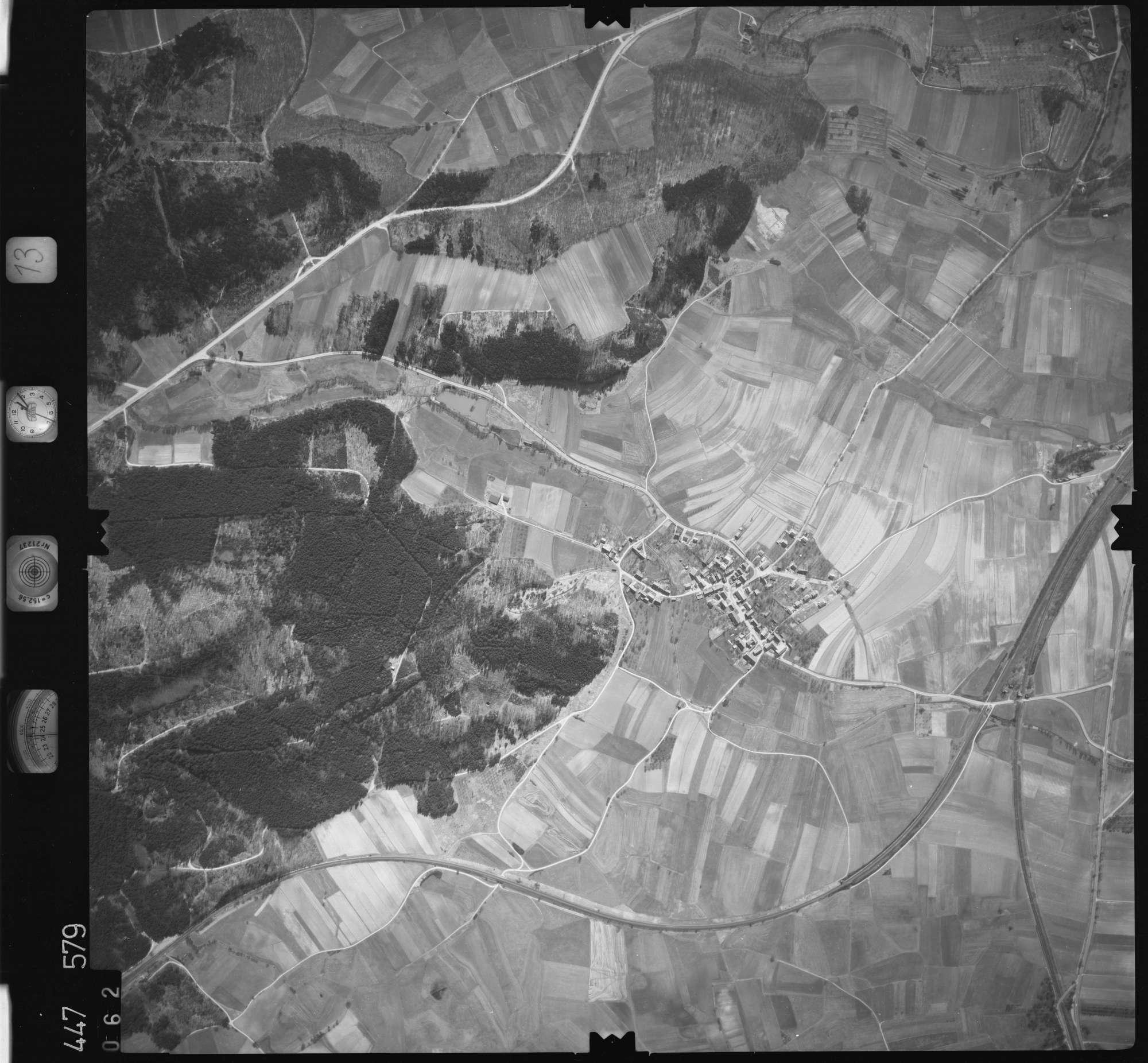 Luftbild: Film 13 Bildnr. 62, Bild 1
