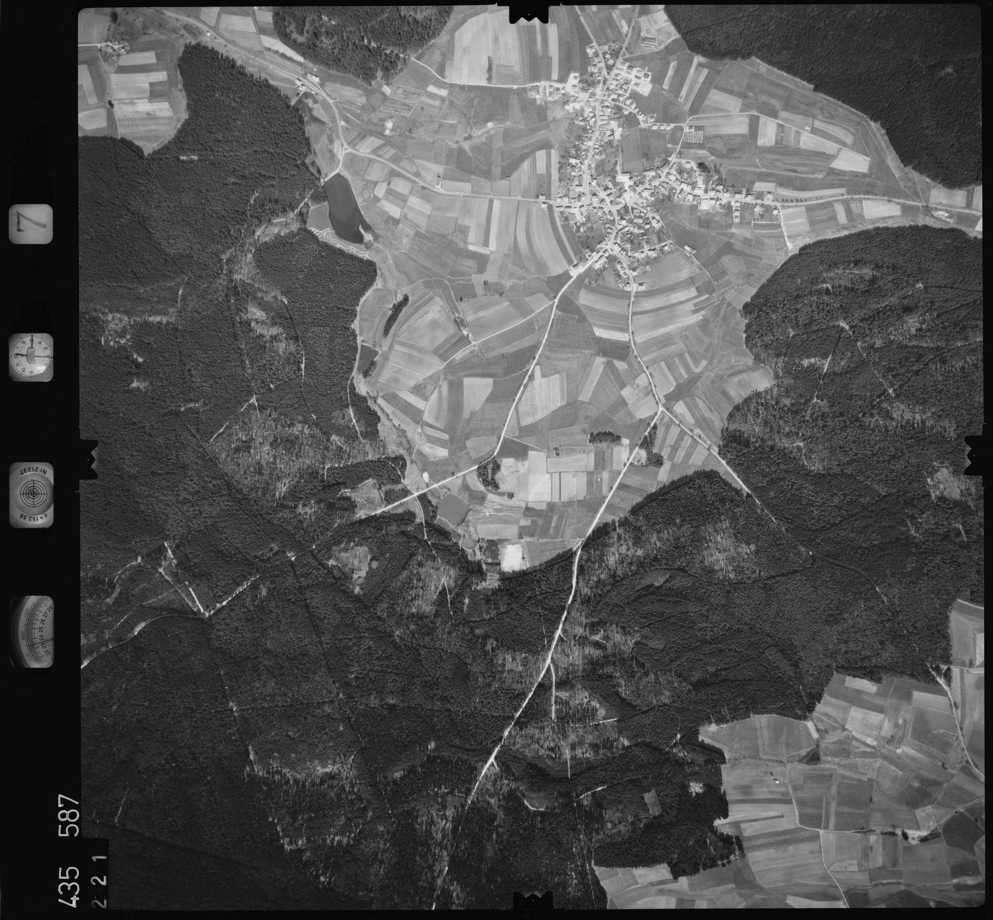 Luftbild: Film 7 Bildnr. 221, Bild 1