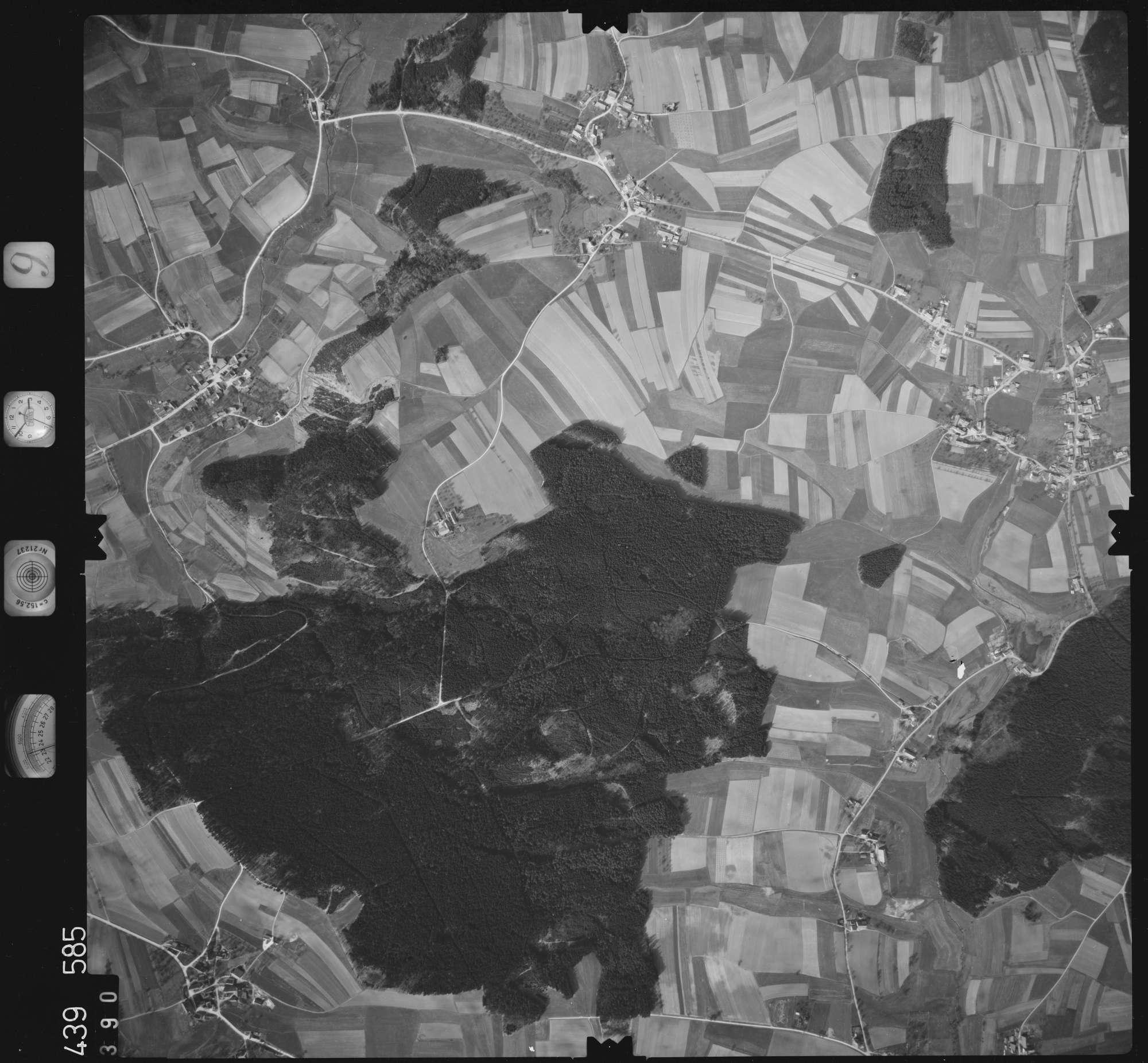 Luftbild: Film 9 Bildnr. 390, Bild 1