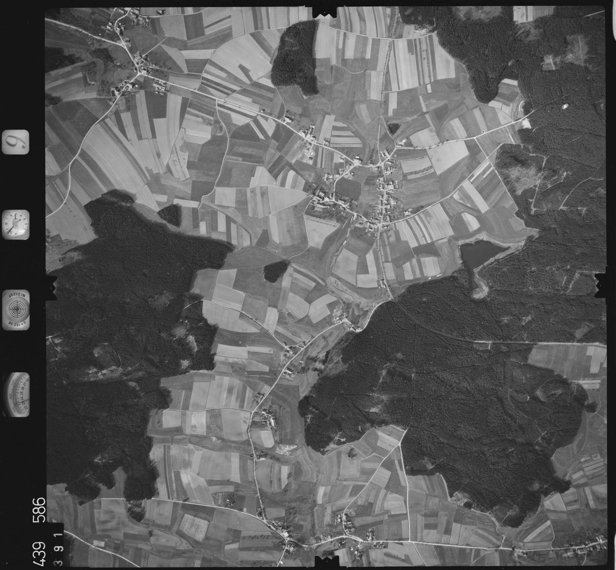 Luftbild: Film 9 Bildnr. 391, Bild 1
