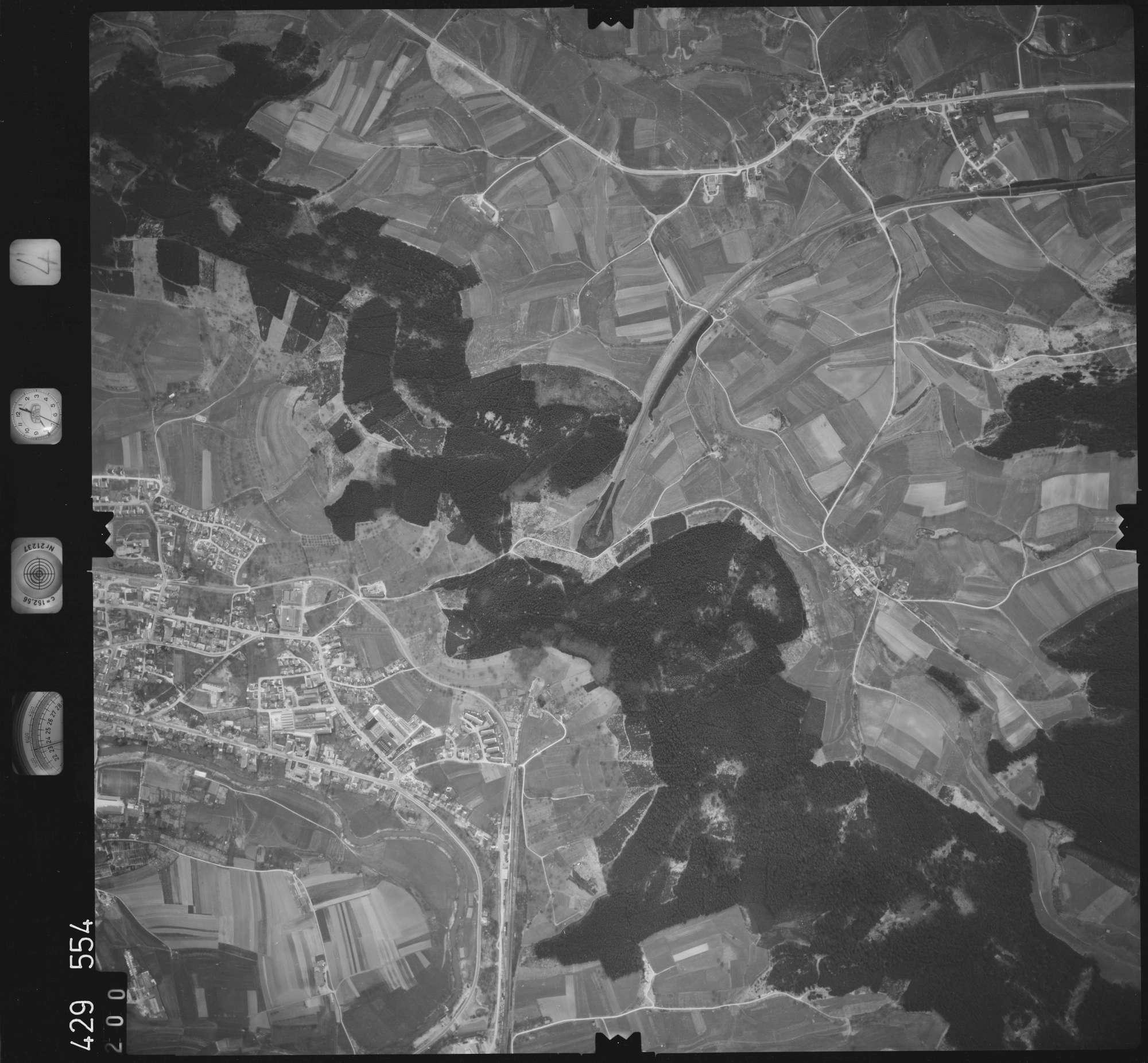 Luftbild: Film 4 Bildnr. 200, Bild 1