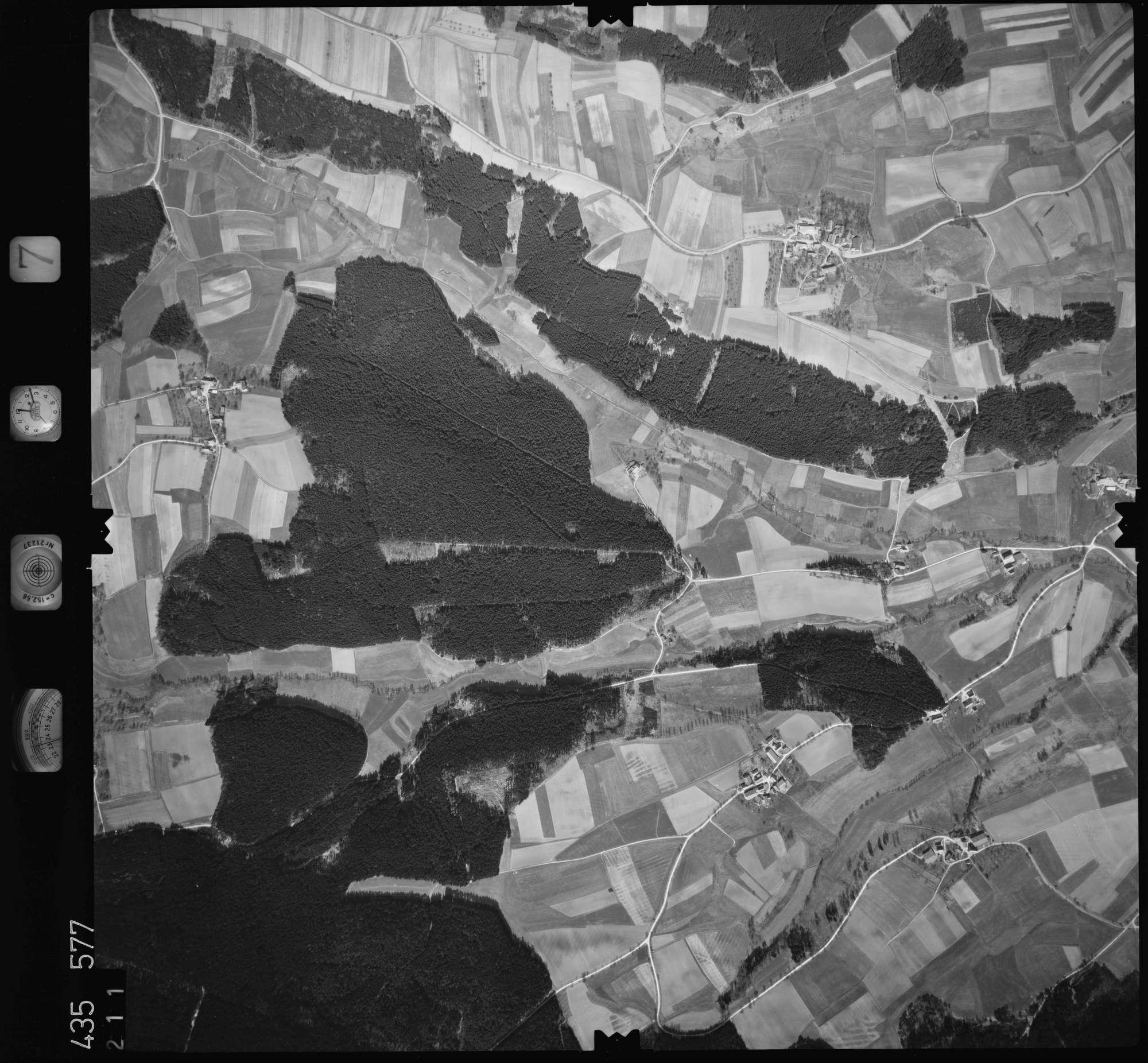 Luftbild: Film 7 Bildnr. 211, Bild 1