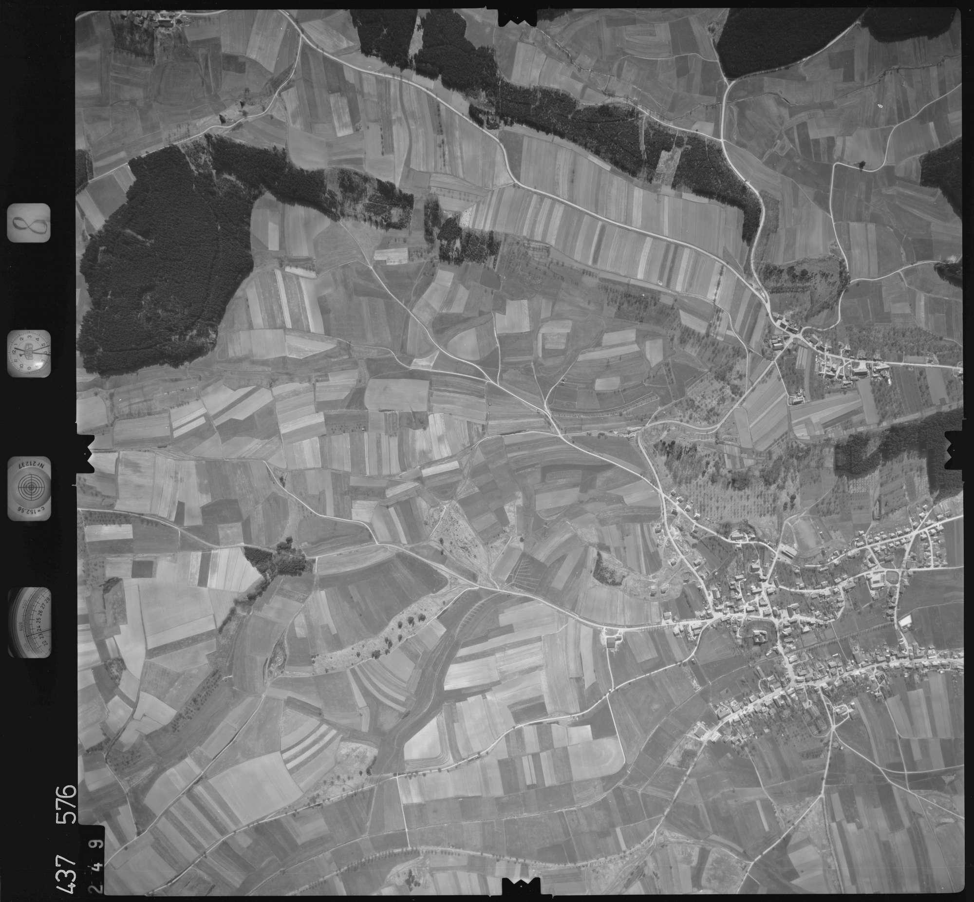 Luftbild: Film 8 Bildnr. 249, Bild 1