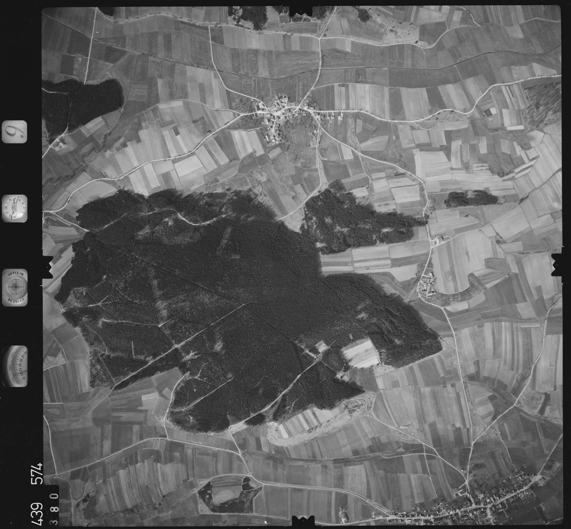 Luftbild: Film 9 Bildnr. 380, Bild 1