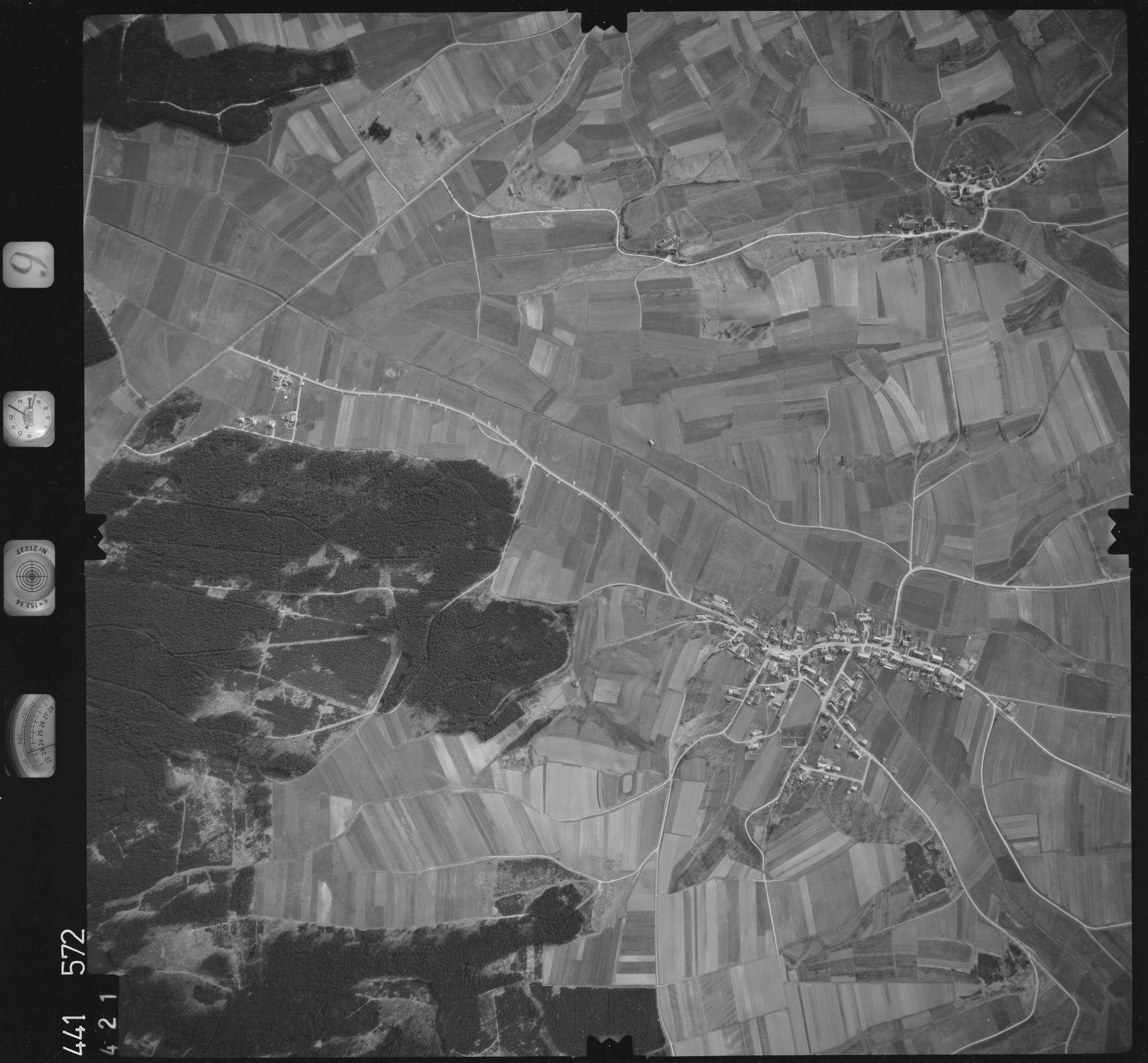 Luftbild: Film 10 Bildnr. 421, Bild 1