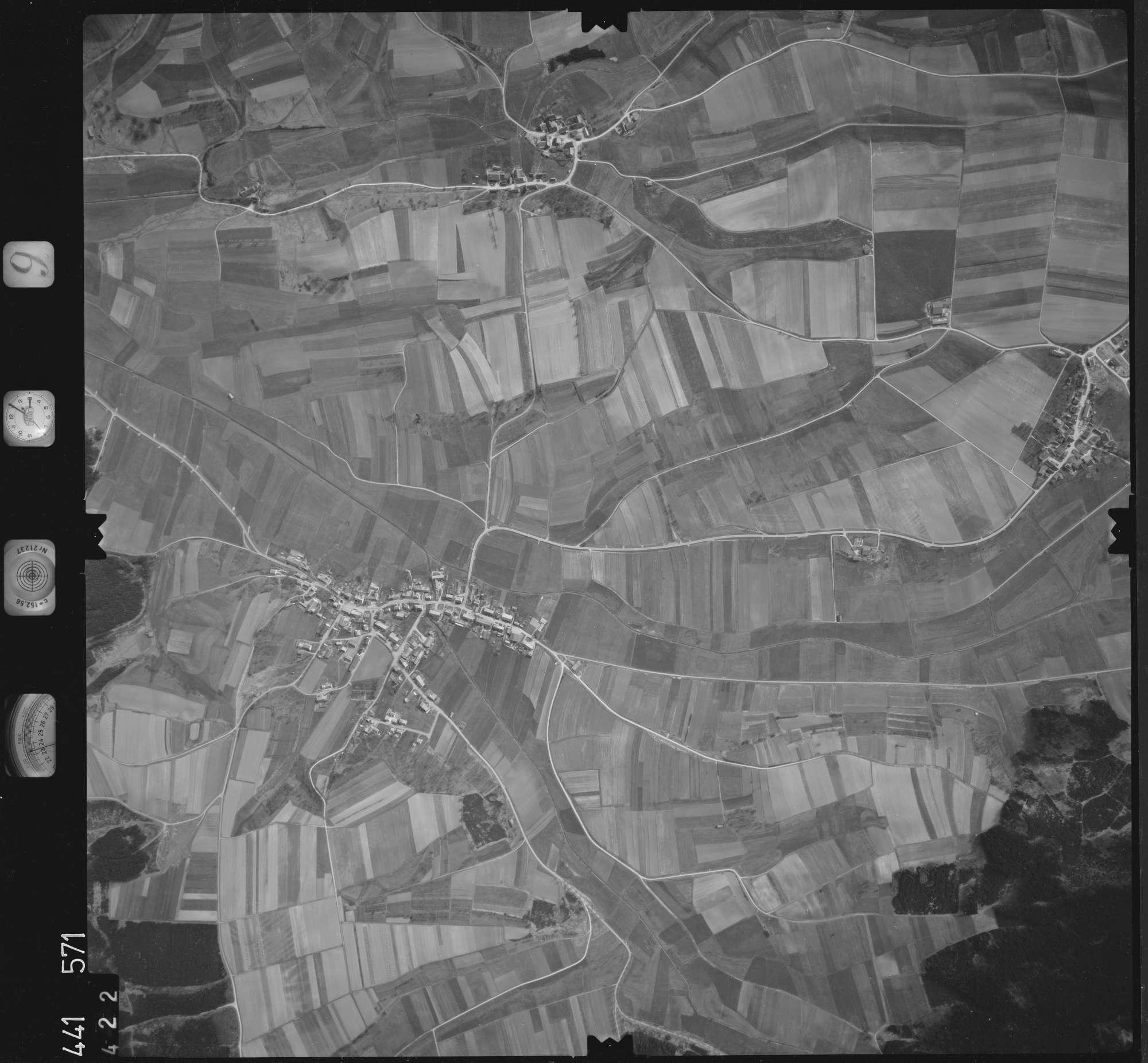 Luftbild: Film 10 Bildnr. 422, Bild 1