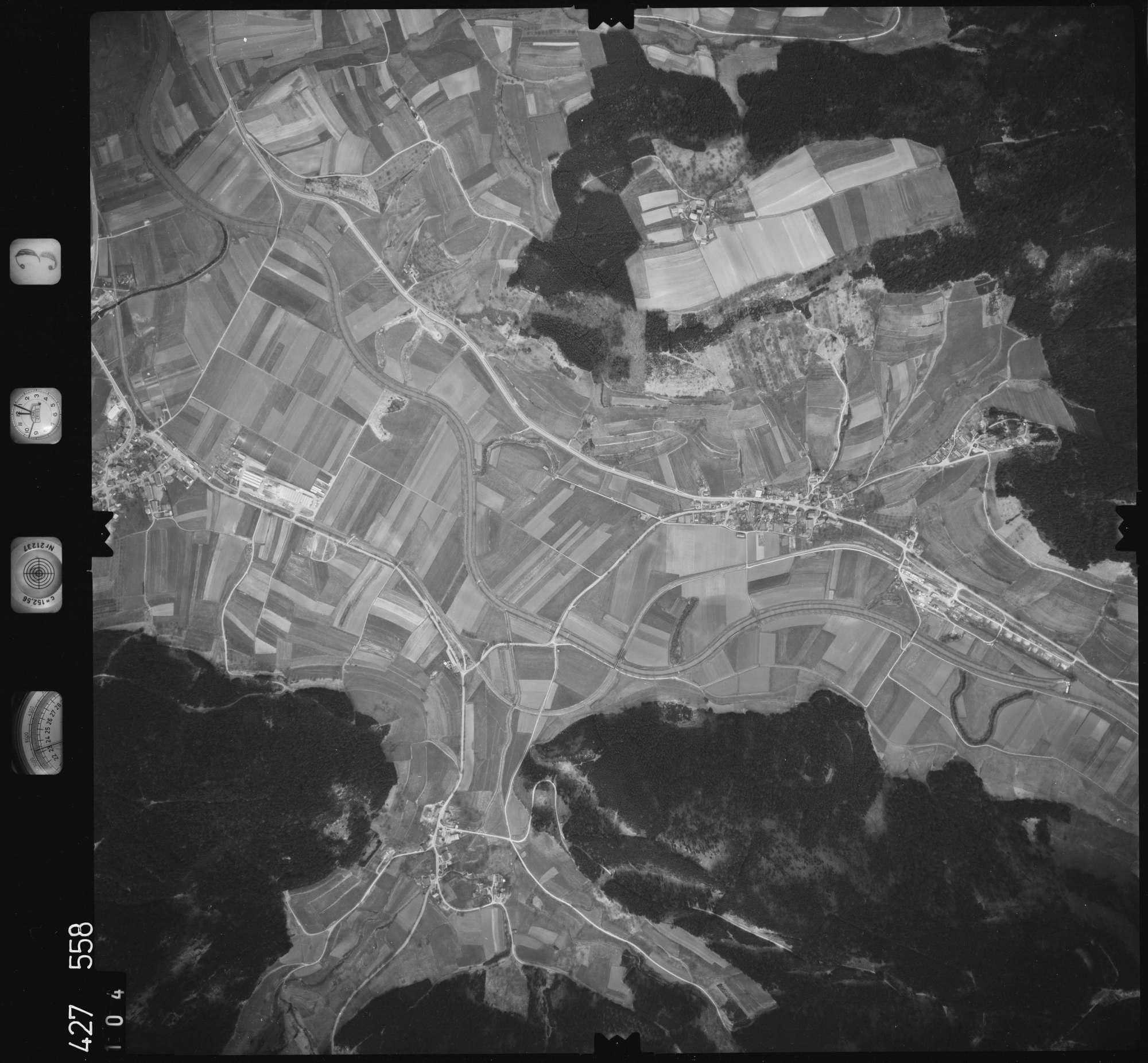 Luftbild: Film 3 Bildnr. 104, Bild 1