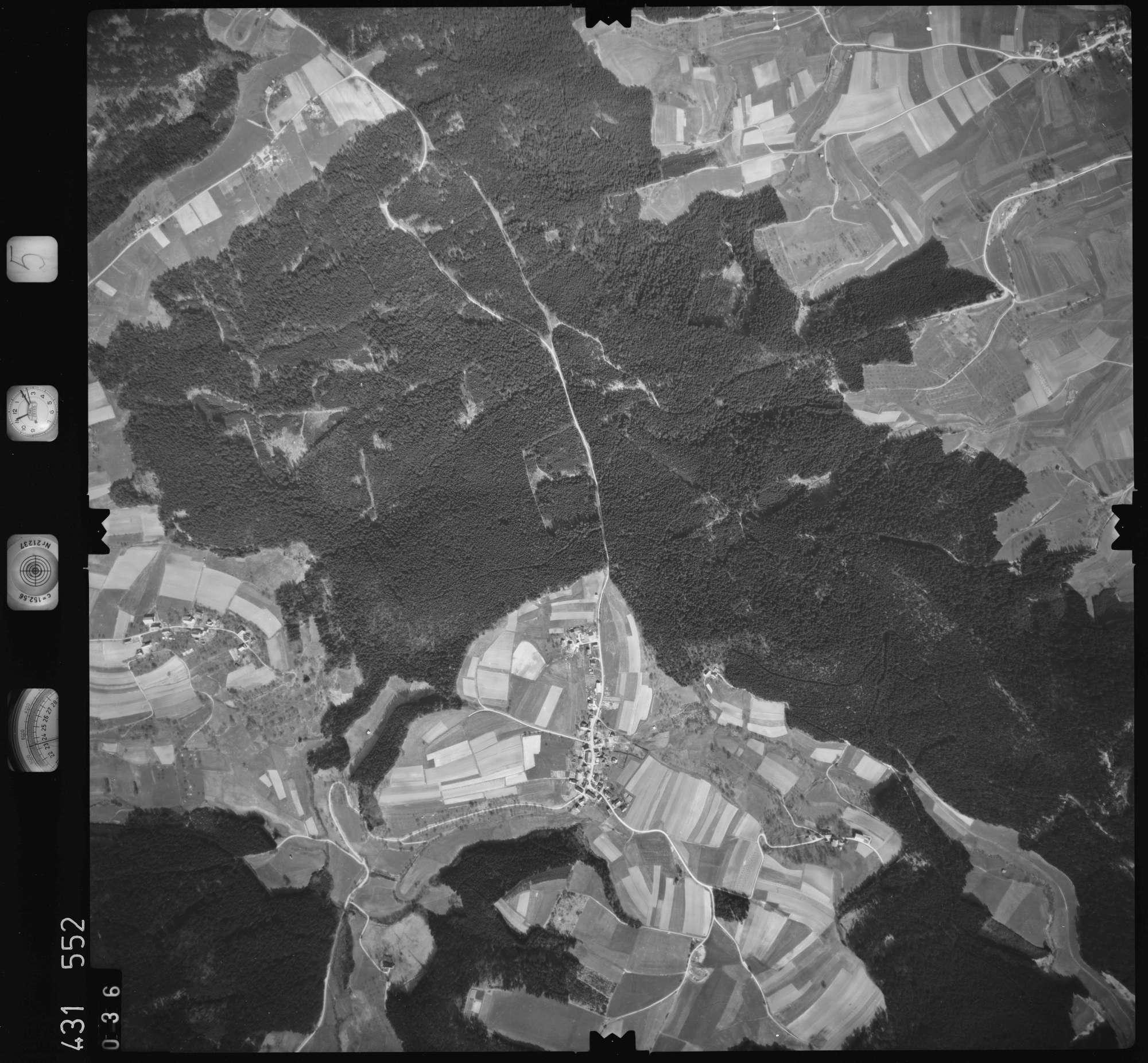 Luftbild: Film 5 Bildnr. 36, Bild 1