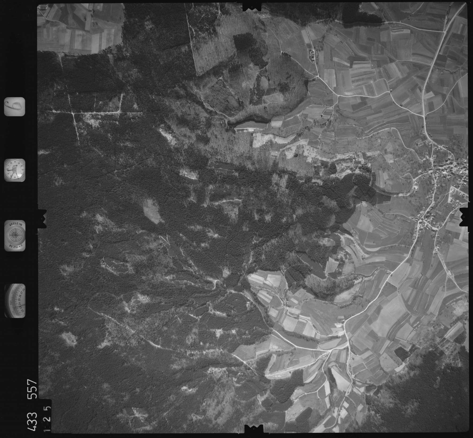 Luftbild: Film 6 Bildnr. 125, Bild 1