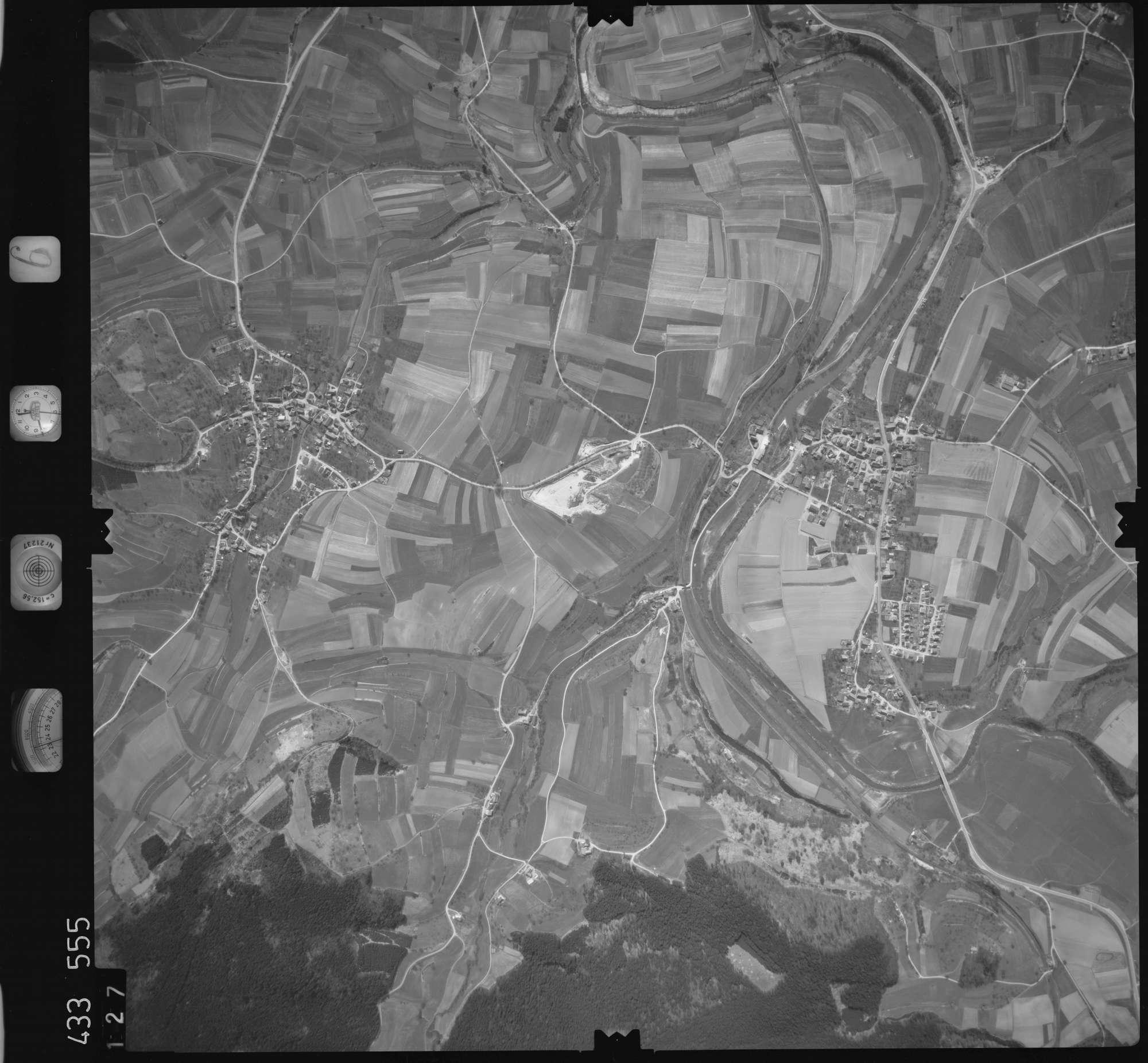 Luftbild: Film 6 Bildnr. 127, Bild 1