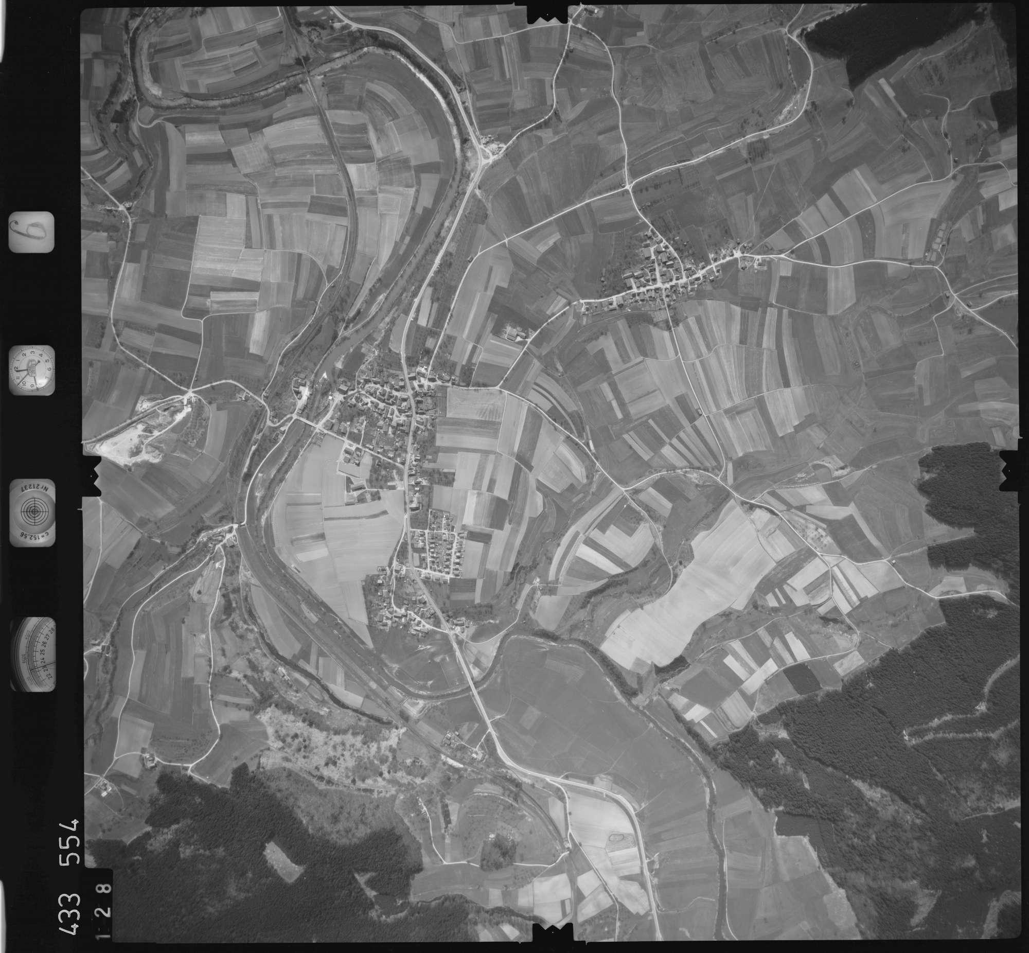 Luftbild: Film 6 Bildnr. 128, Bild 1