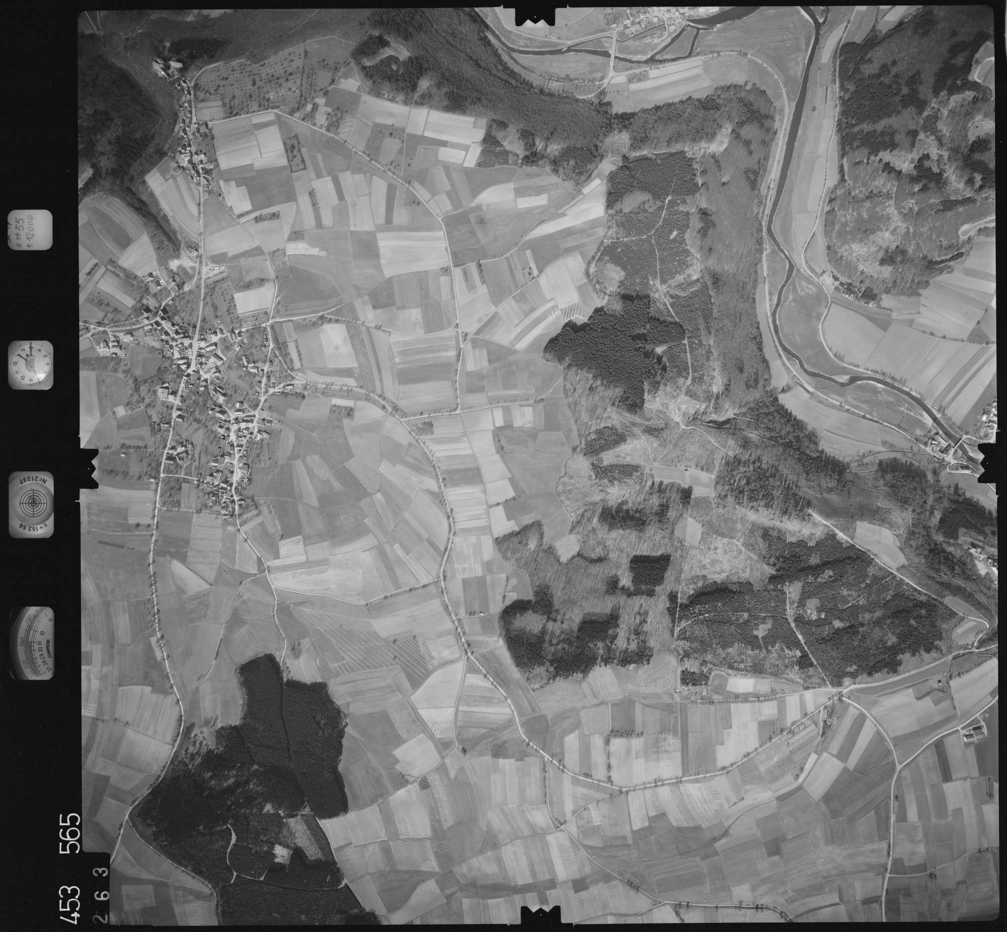 Luftbild: Film 16 Bildnr. 263, Bild 1