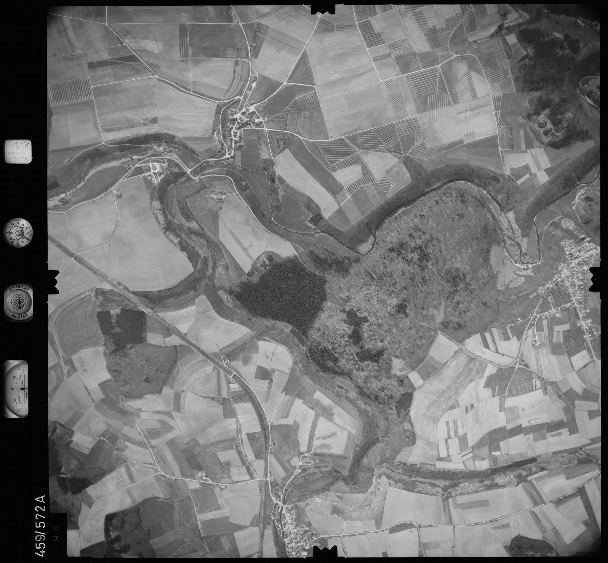 Luftbild: Film 105 Bildnr. 96, Bild 1
