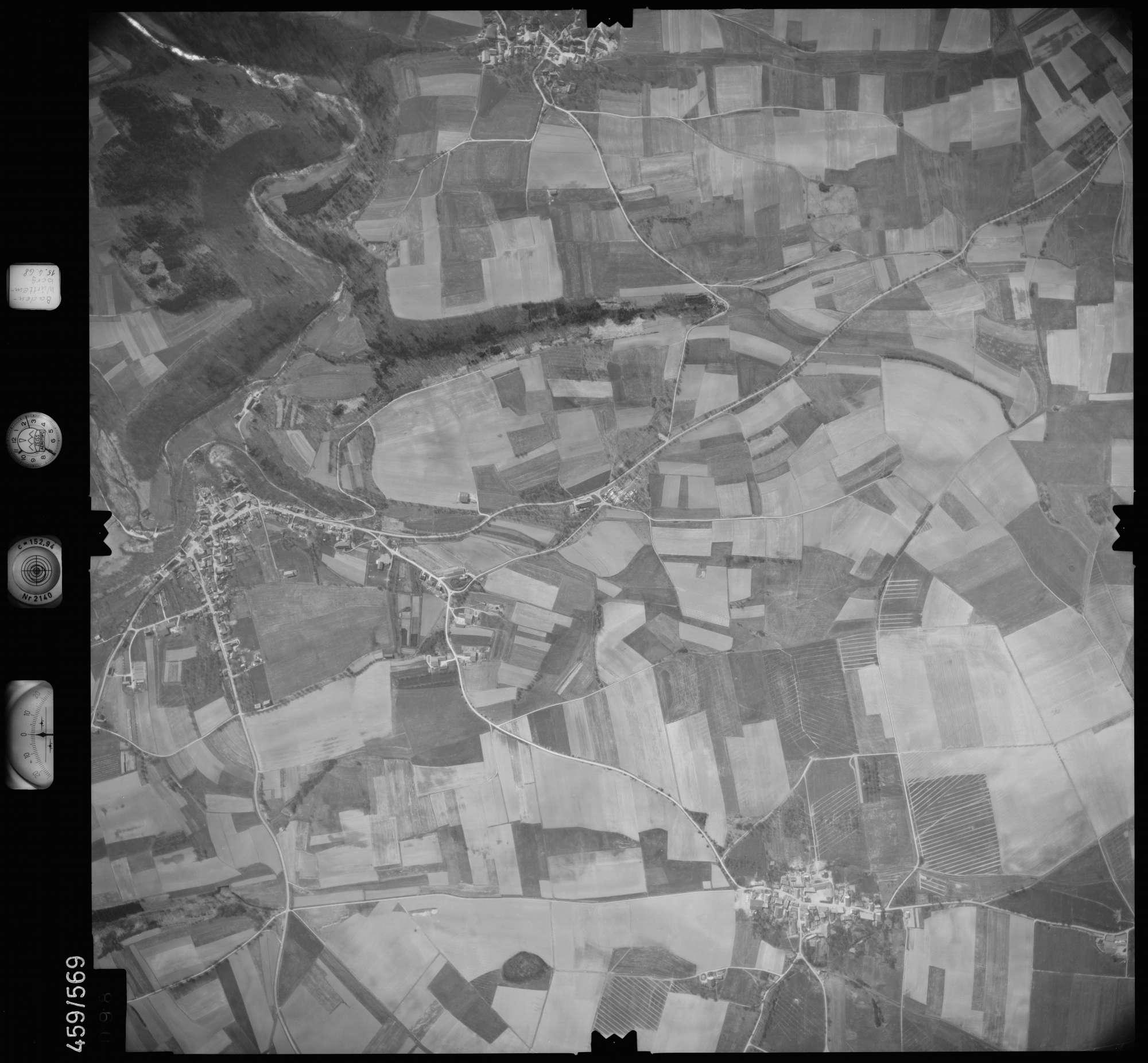 Luftbild: Film 105 Bildnr. 98, Bild 1