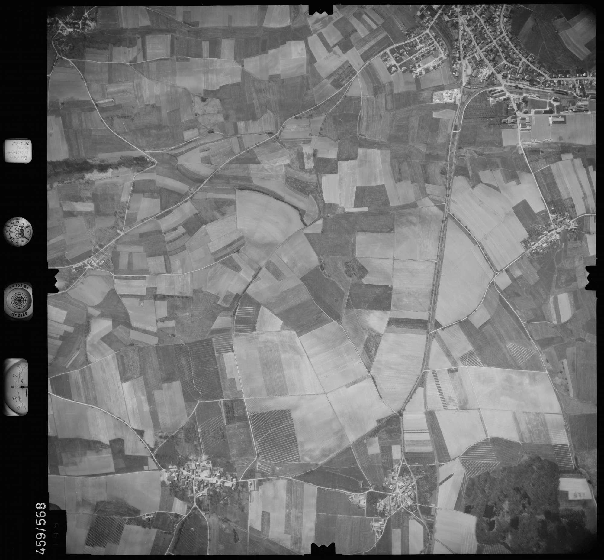 Luftbild: Film 105 Bildnr. 99, Bild 1