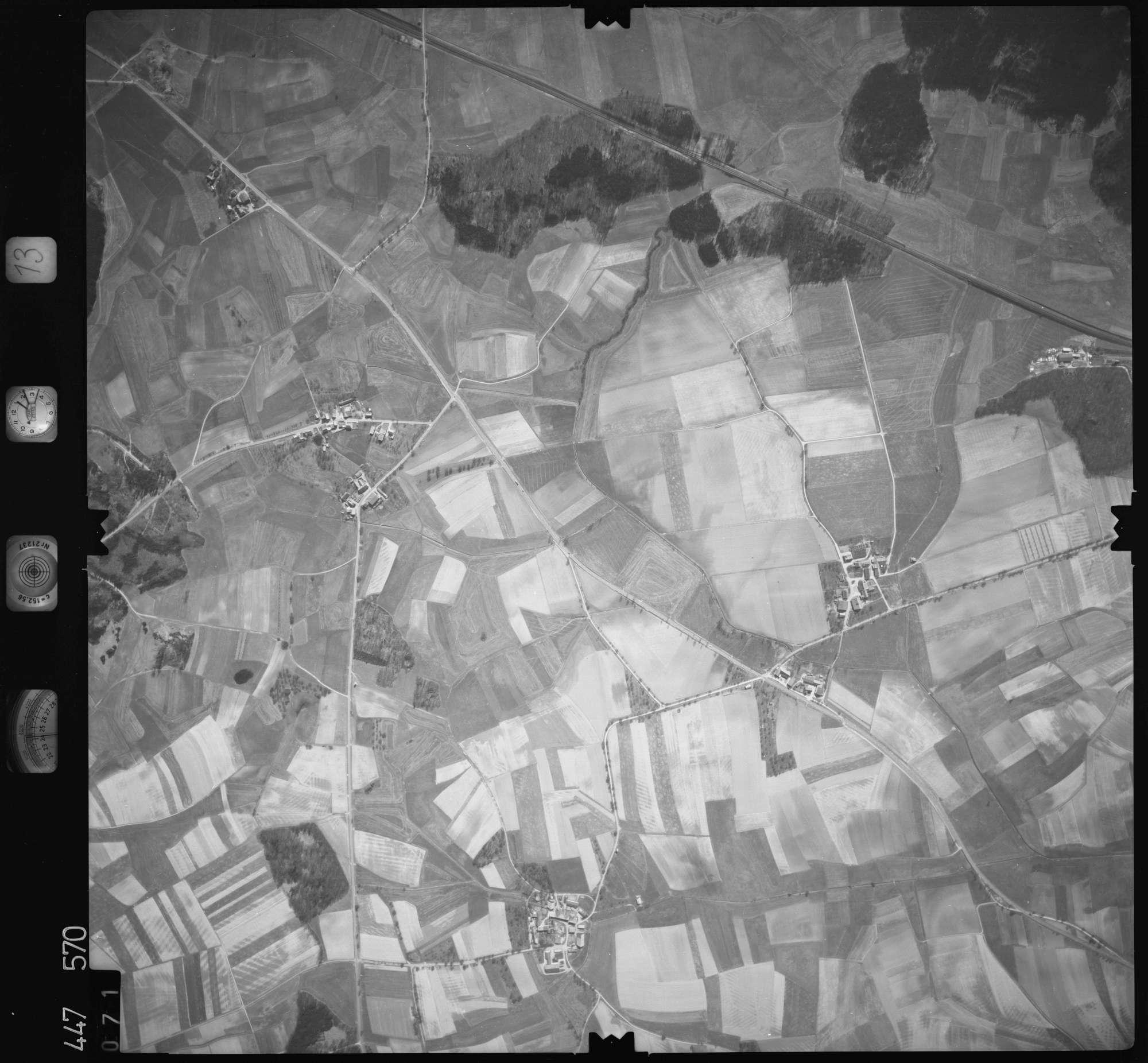 Luftbild: Film 13 Bildnr. 71, Bild 1