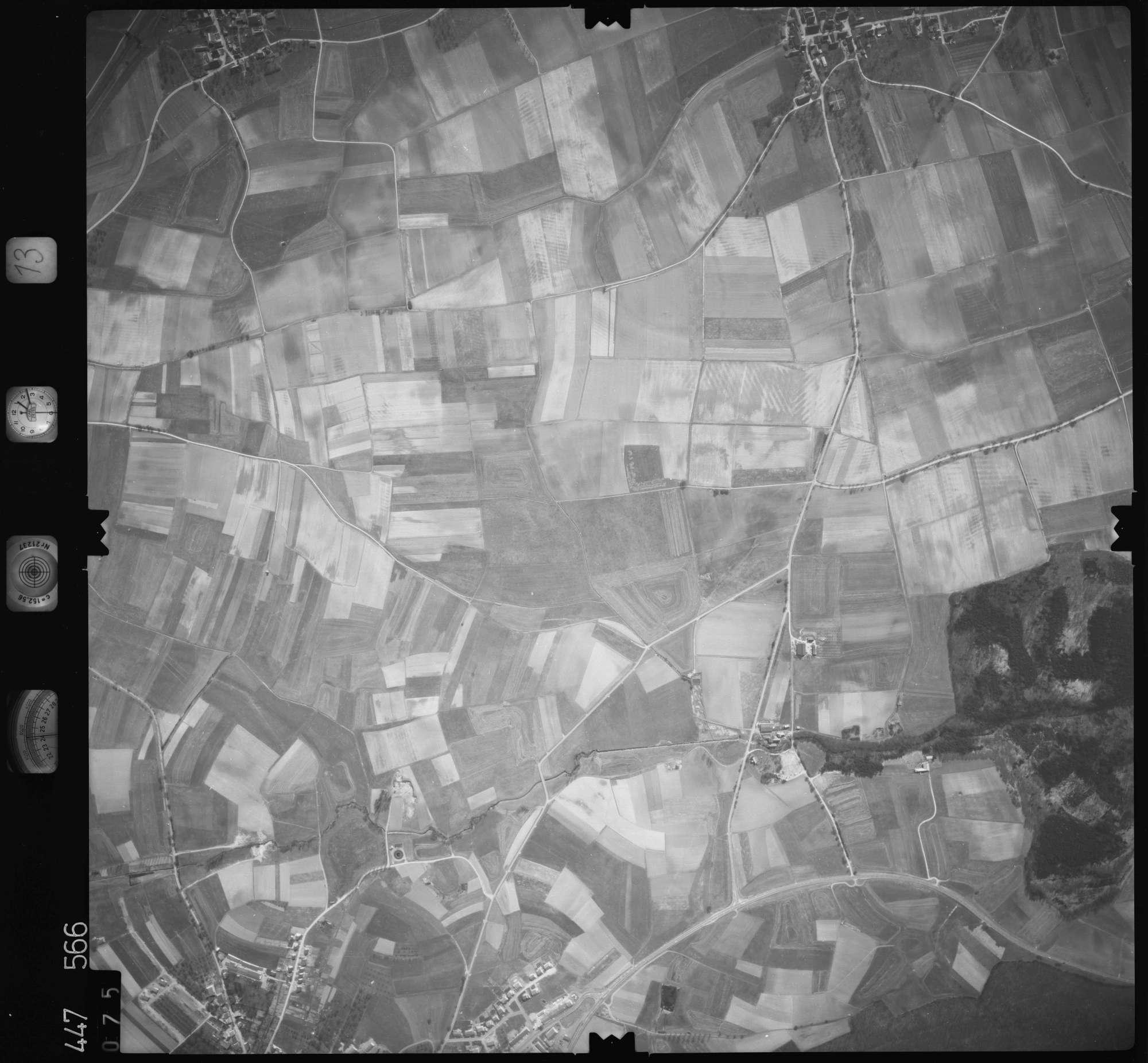 Luftbild: Film 13 Bildnr. 75, Bild 1