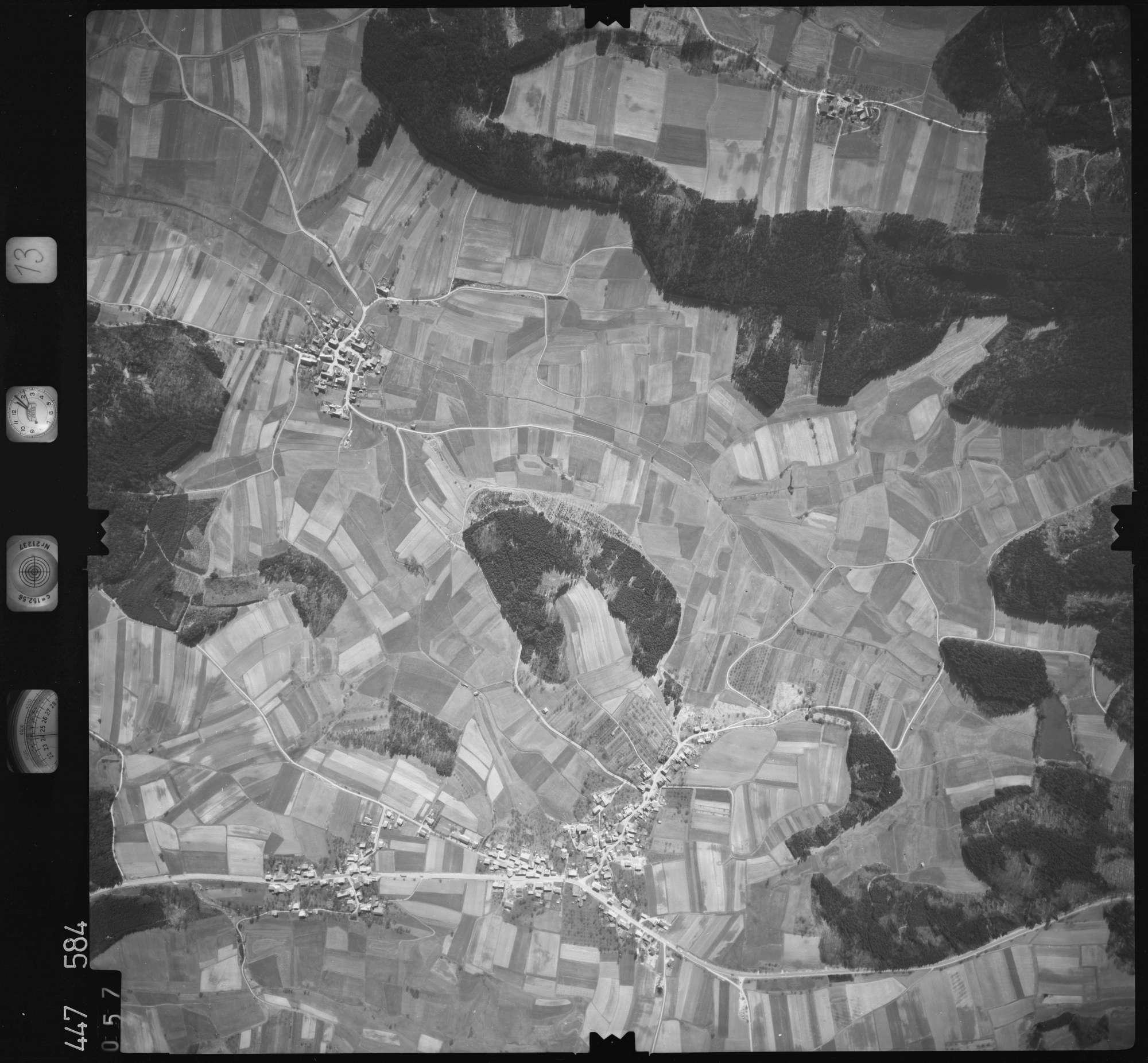 Luftbild: Film 13 Bildnr. 57, Bild 1