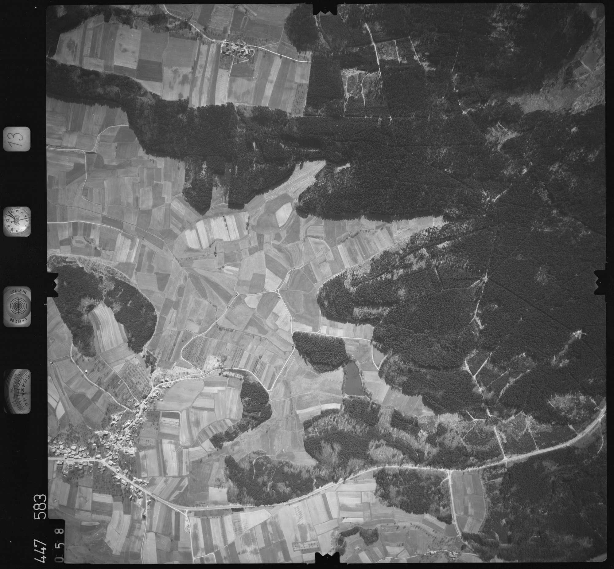 Luftbild: Film 13 Bildnr. 58, Bild 1