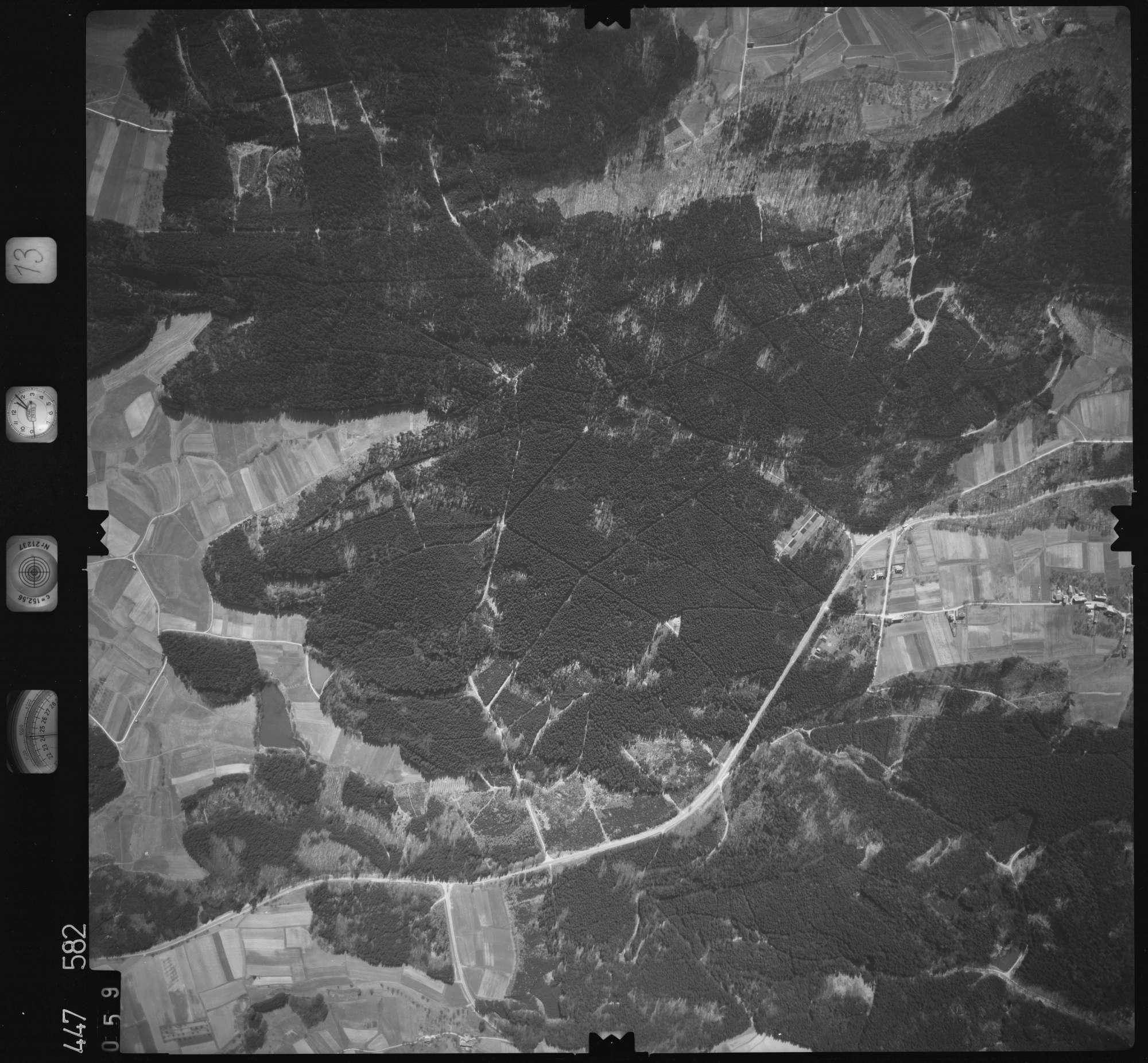 Luftbild: Film 13 Bildnr. 59, Bild 1