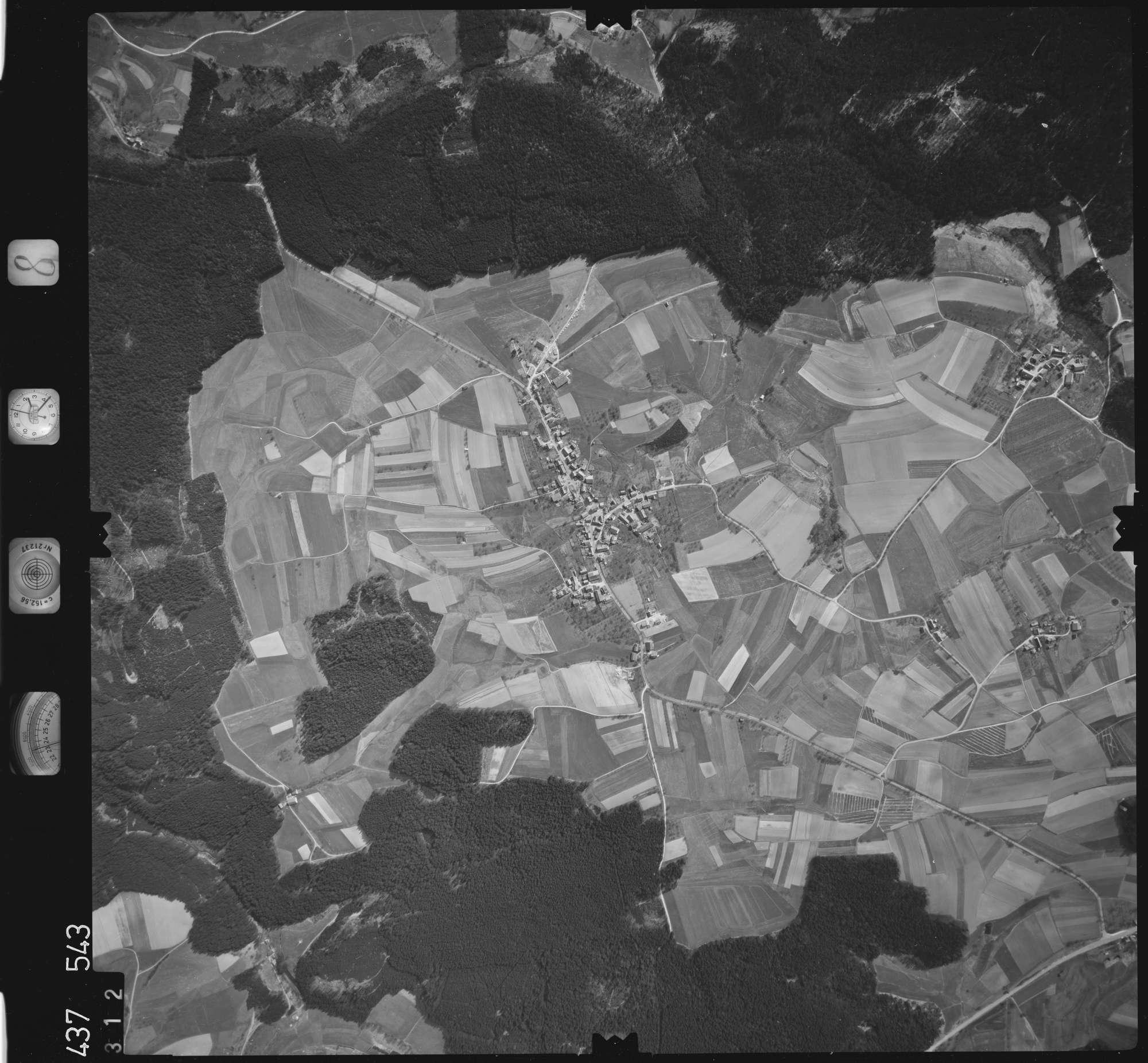 Luftbild: Film 8 Bildnr. 312, Bild 1