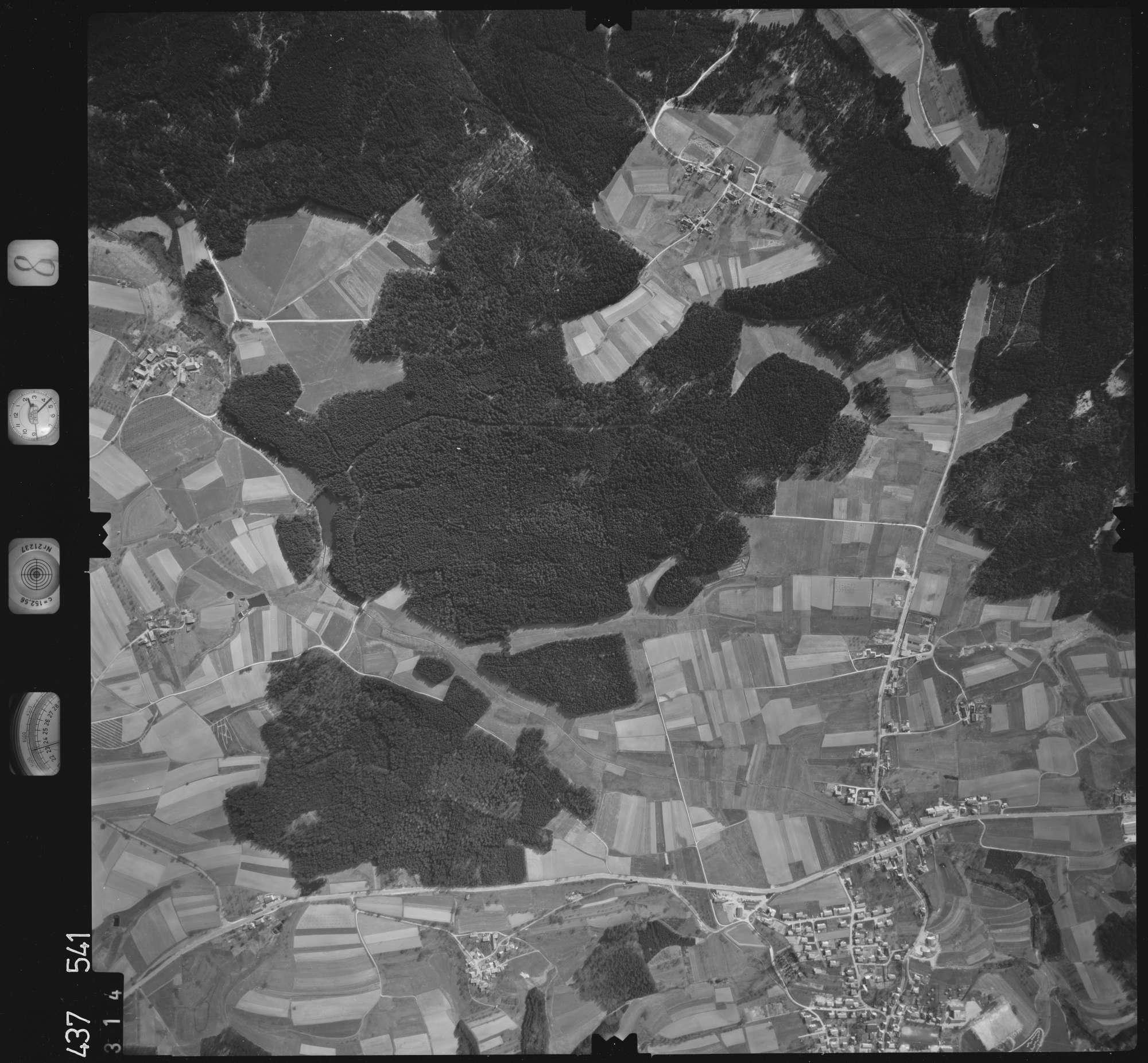 Luftbild: Film 8 Bildnr. 314, Bild 1