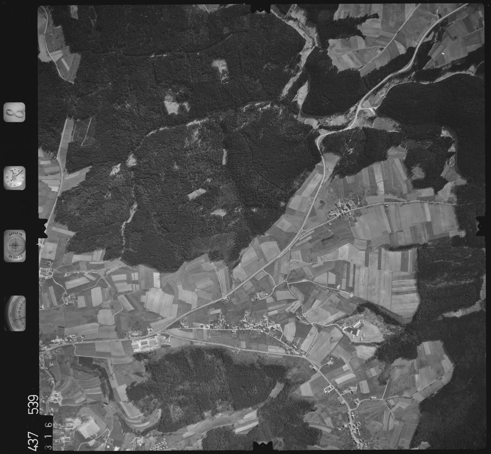 Luftbild: Film 8 Bildnr. 316, Bild 1