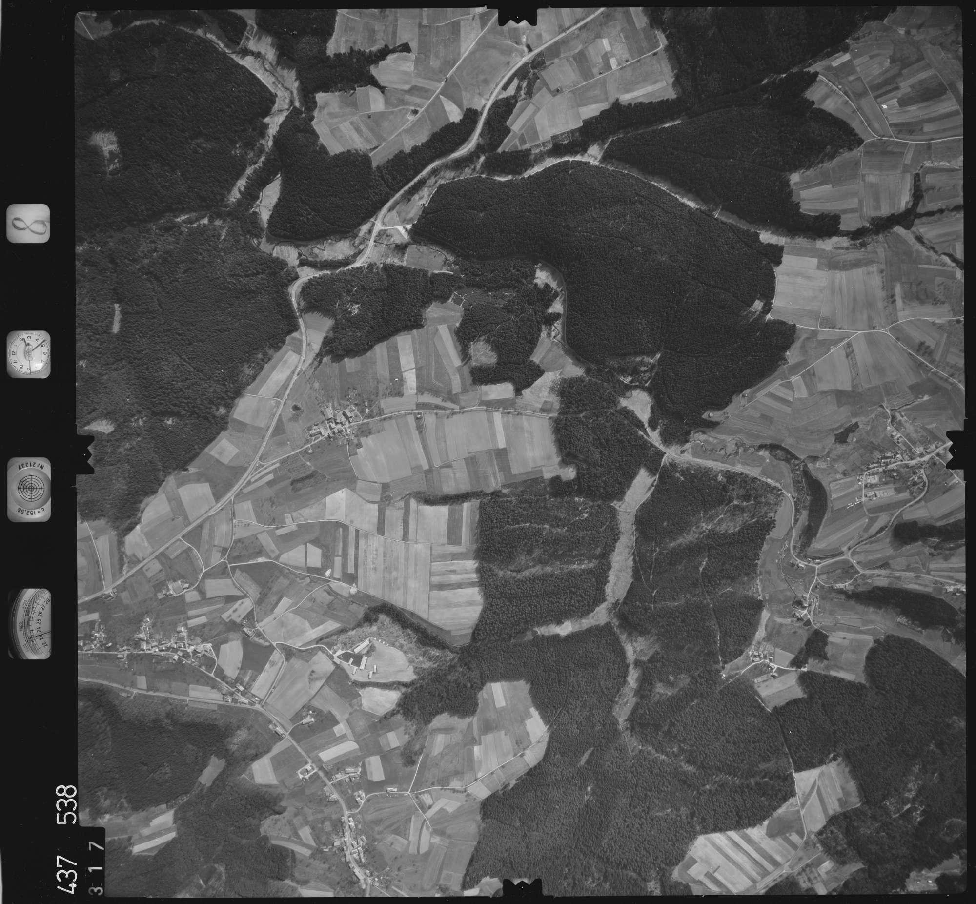Luftbild: Film 8 Bildnr. 317, Bild 1