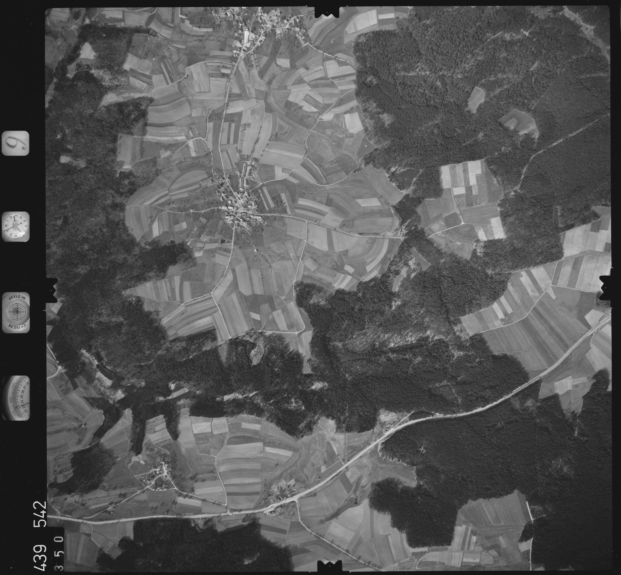 Luftbild: Film 9 Bildnr. 350, Bild 1
