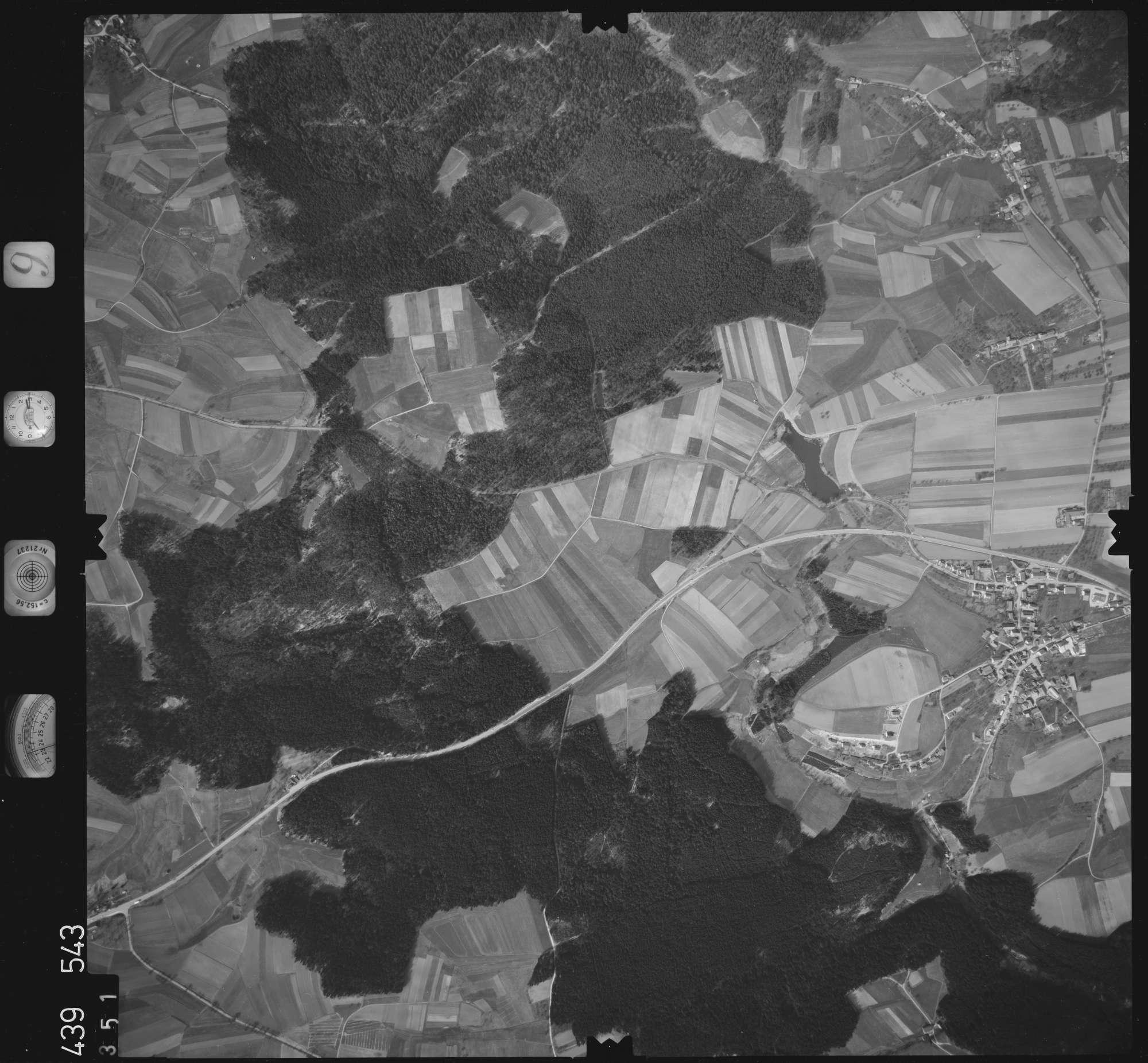 Luftbild: Film 9 Bildnr. 351, Bild 1
