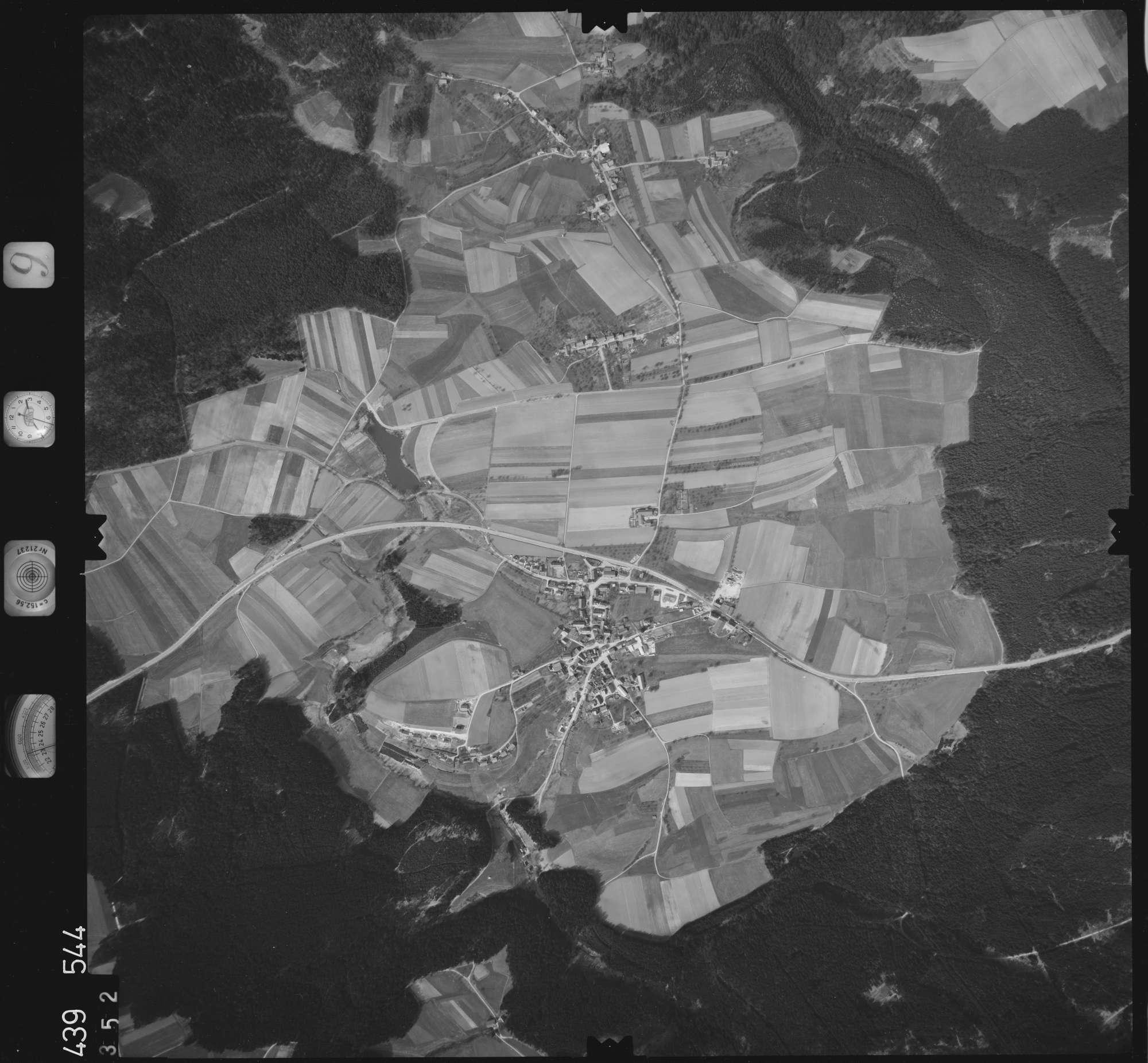 Luftbild: Film 9 Bildnr. 352, Bild 1