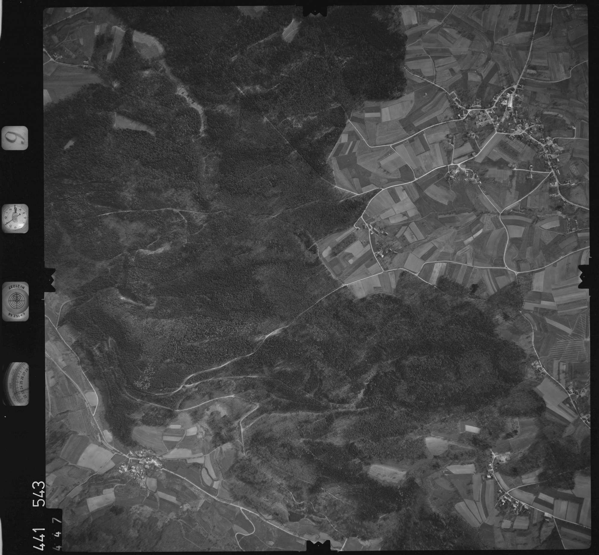 Luftbild: Film 10 Bildnr. 447, Bild 1
