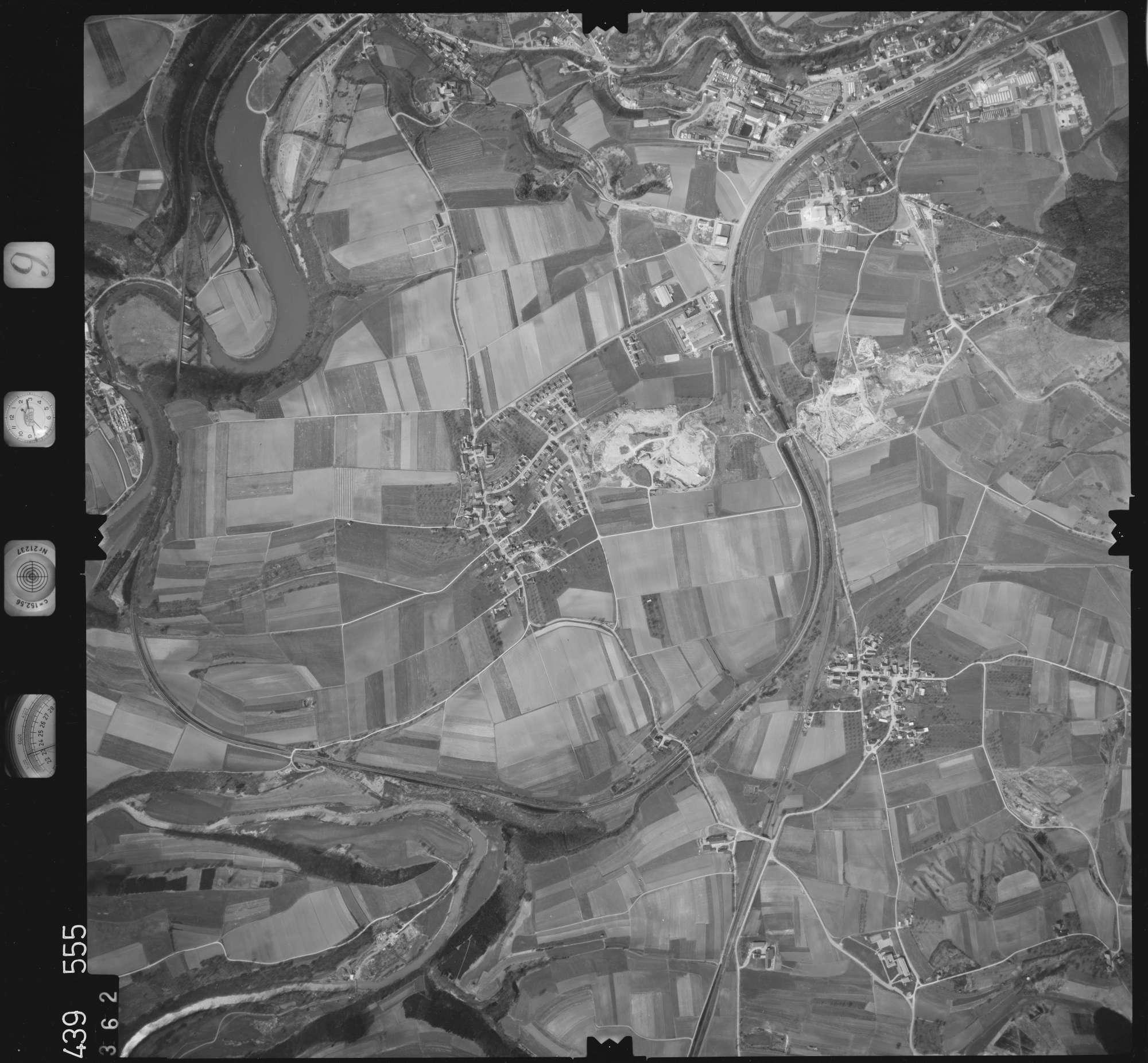Luftbild: Film 9 Bildnr. 362, Bild 1