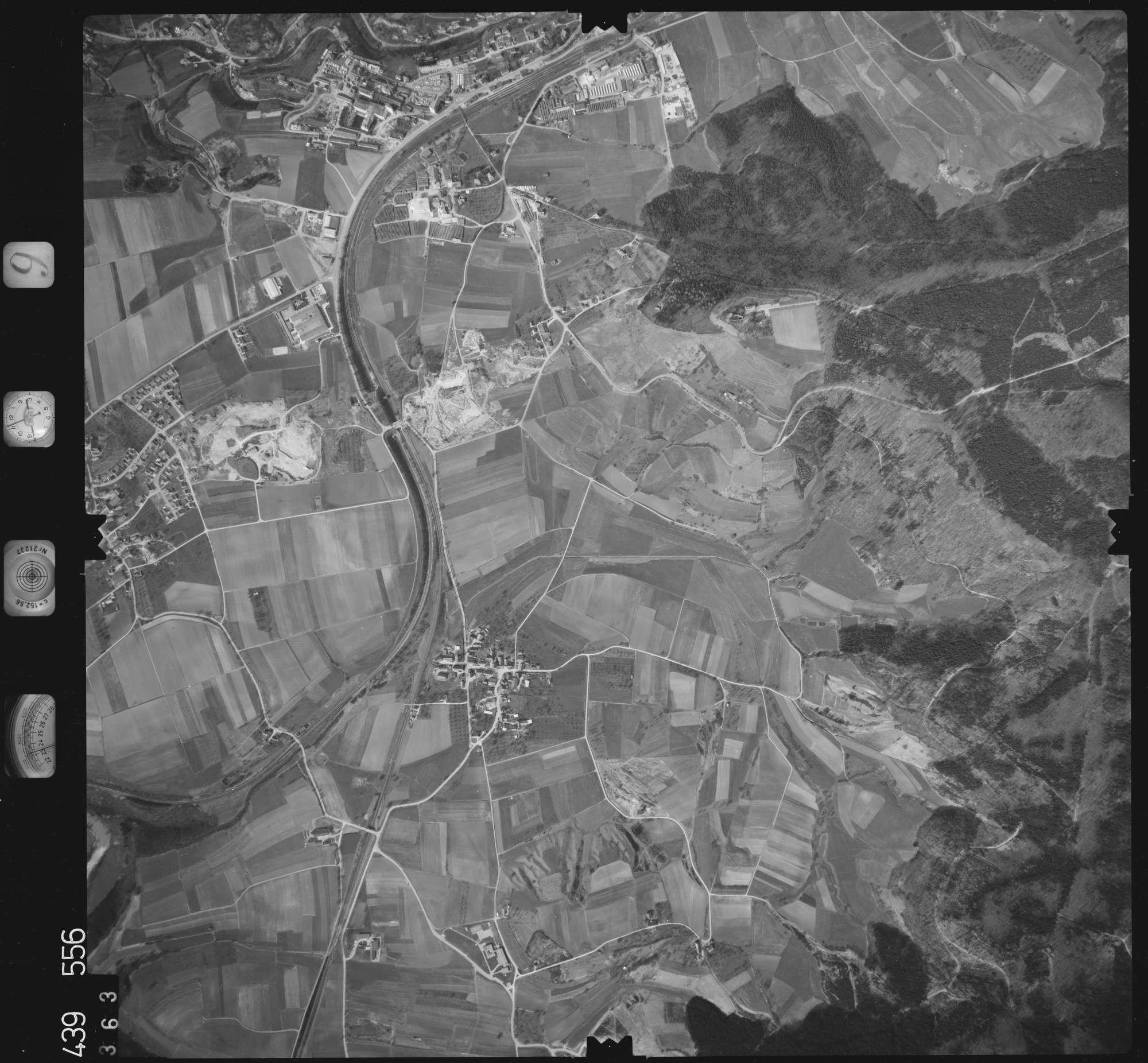 Luftbild: Film 9 Bildnr. 363, Bild 1